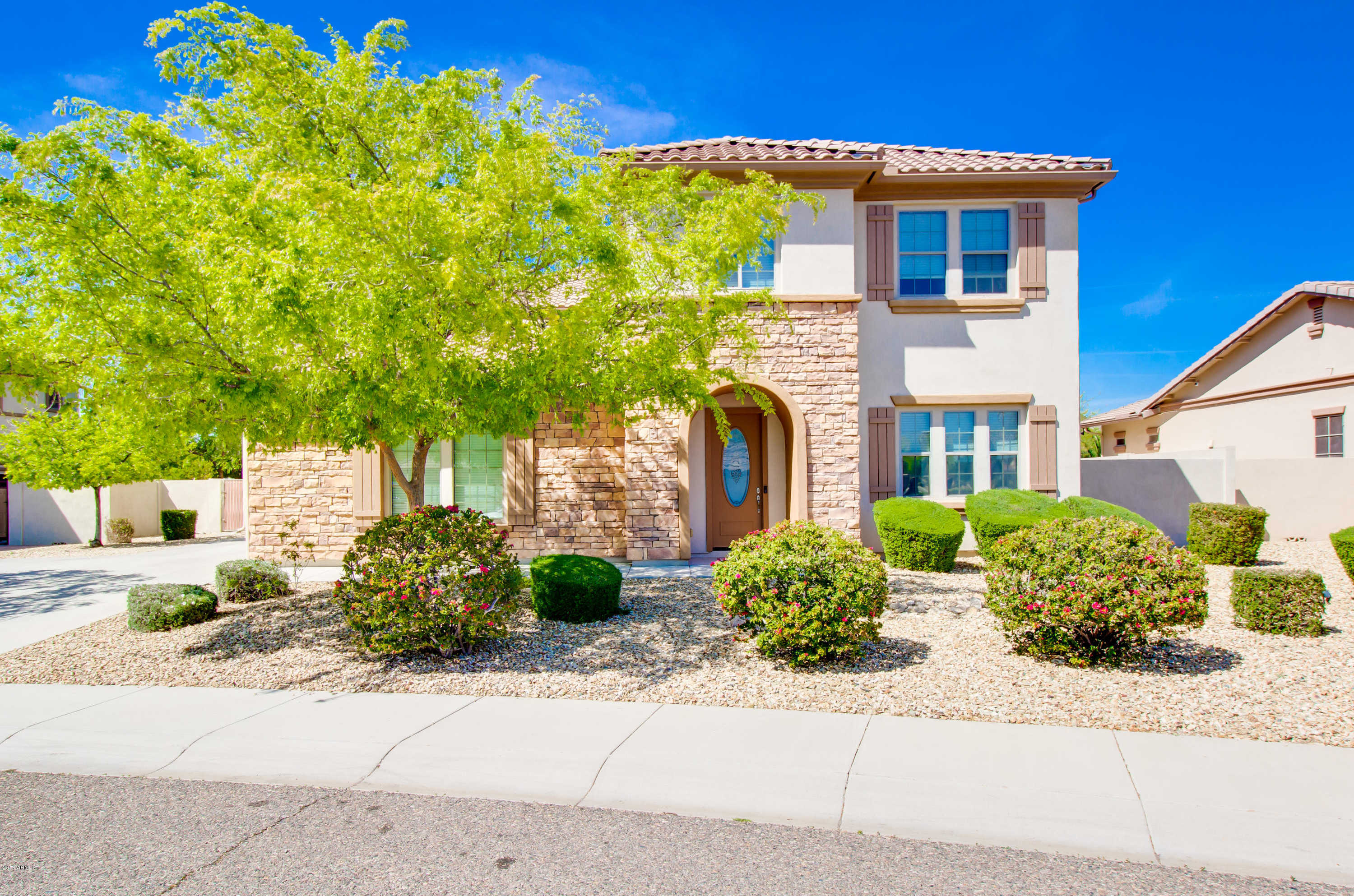 $614,900 - 5Br/5Ba - Home for Sale in Stetson Valley Parcels 5 13 14, Phoenix