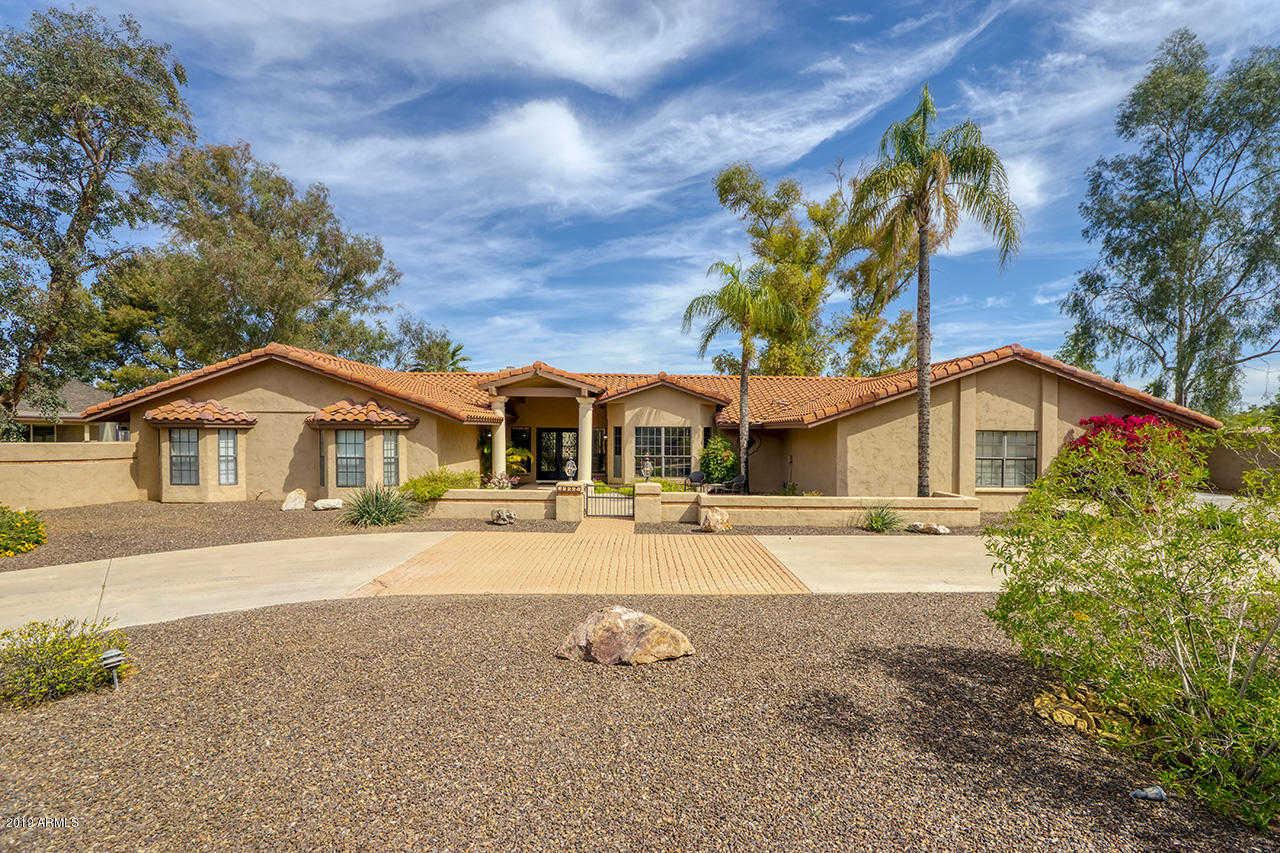 $699,900 - 4Br/3Ba - Home for Sale in Saddleback Hills, Glendale