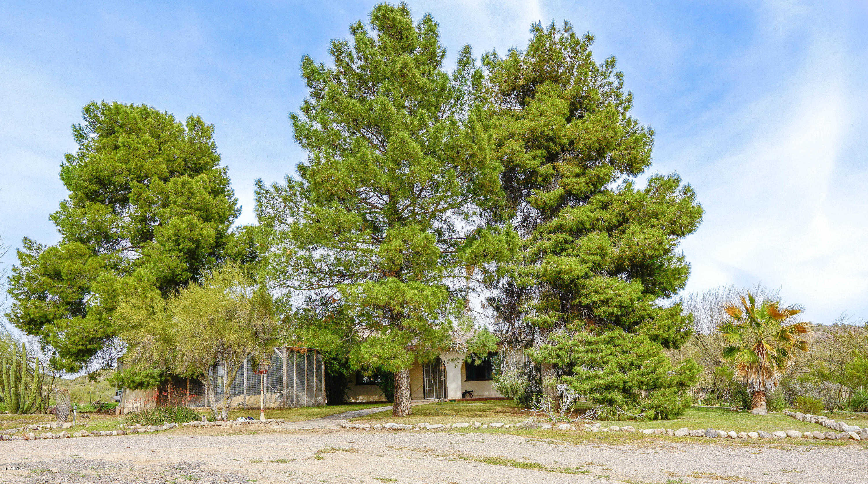 $200,000 - 2Br/2Ba - Home for Sale in Metes And Bounds, Wickenburg
