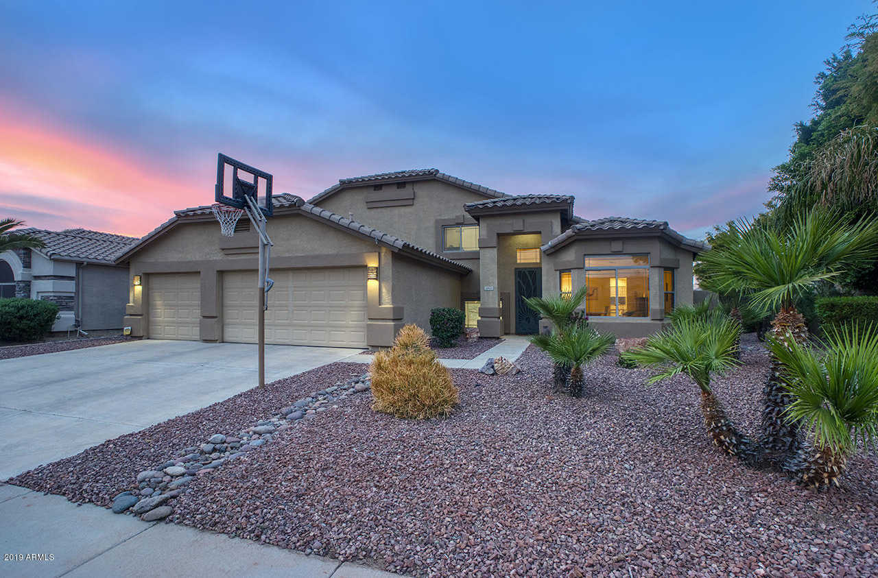 $469,000 - 5Br/3Ba - Home for Sale in Sierra Verde At Arrowhead Ranch Phase 5, Glendale