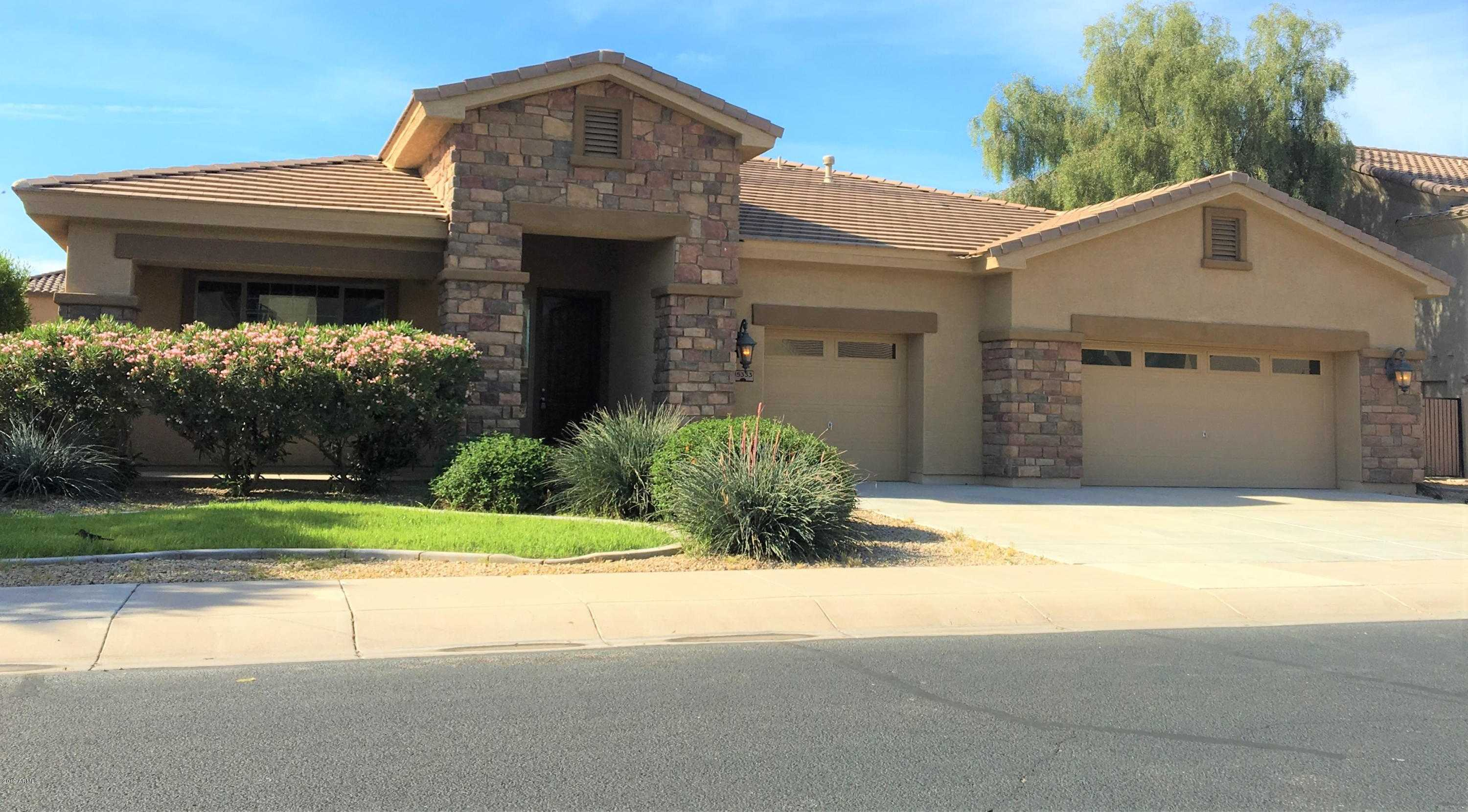 $400,000 - 4Br/3Ba - Home for Sale in Palm Valley Phase 5, Goodyear
