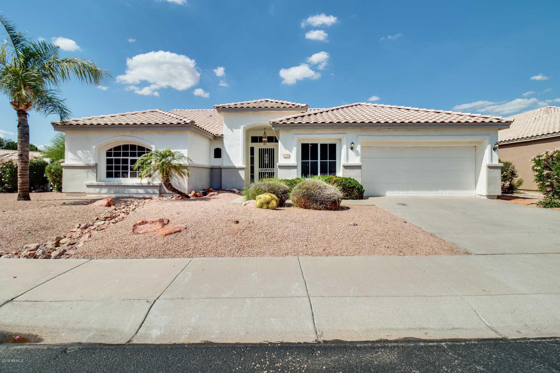 $400,000 - 3Br/3Ba - Home for Sale in Hillcrest Ranch Parcel F & H, Glendale