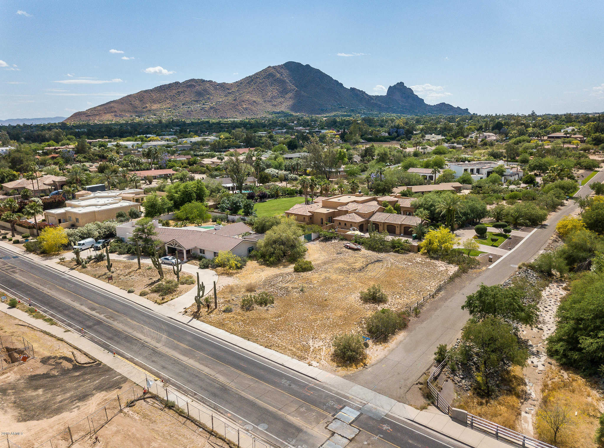 $1,250,000 - 4Br/3Ba - Home for Sale in Mockingbird Acres, Paradise Valley
