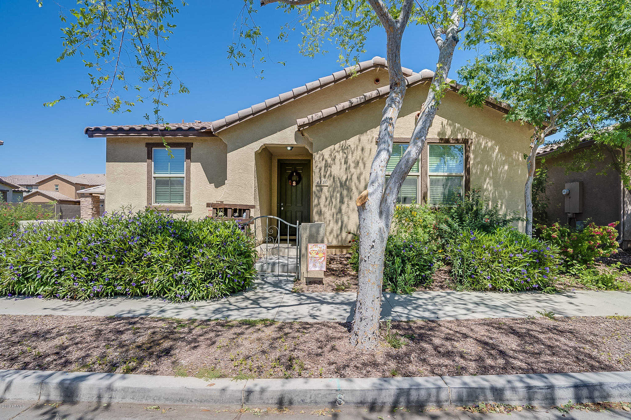 $300,000 - 3Br/2Ba - Home for Sale in Copper Ranch, Gilbert