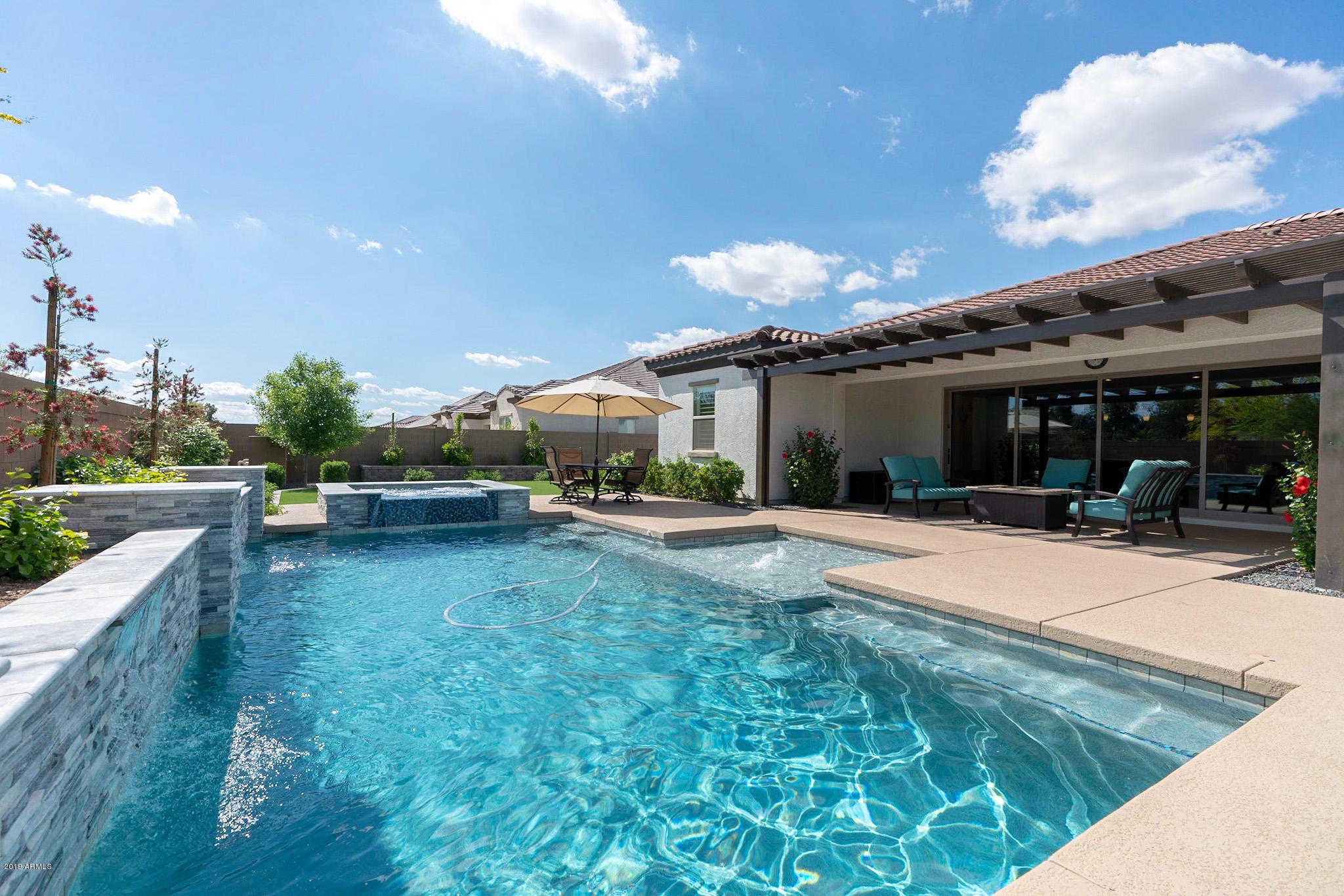 $500,000 - 4Br/3Ba - Home for Sale in La Sentiero, Queen Creek