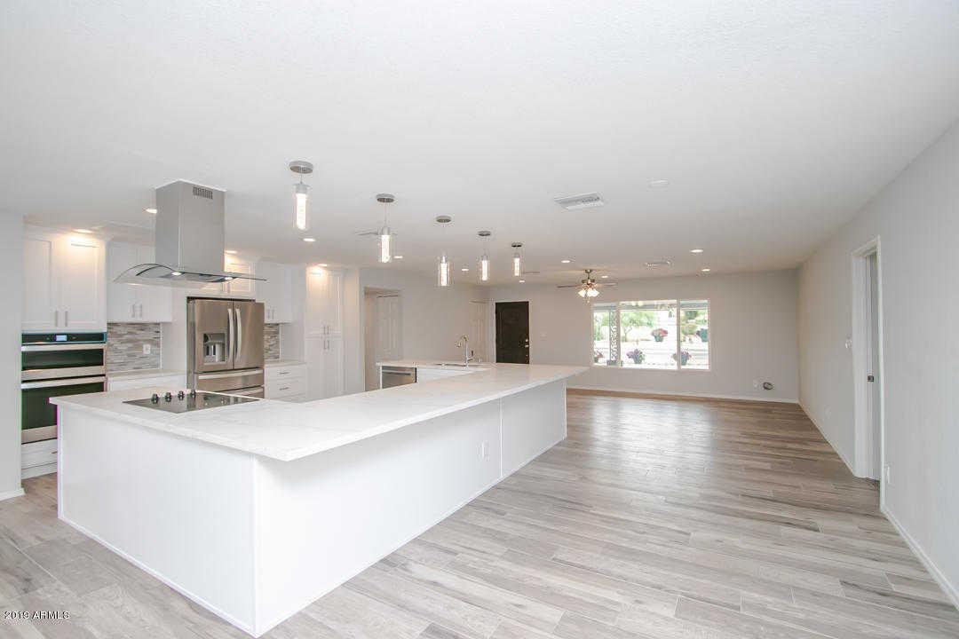 $650,000 - 4Br/3Ba - Home for Sale in Sunburst Farms, Glendale