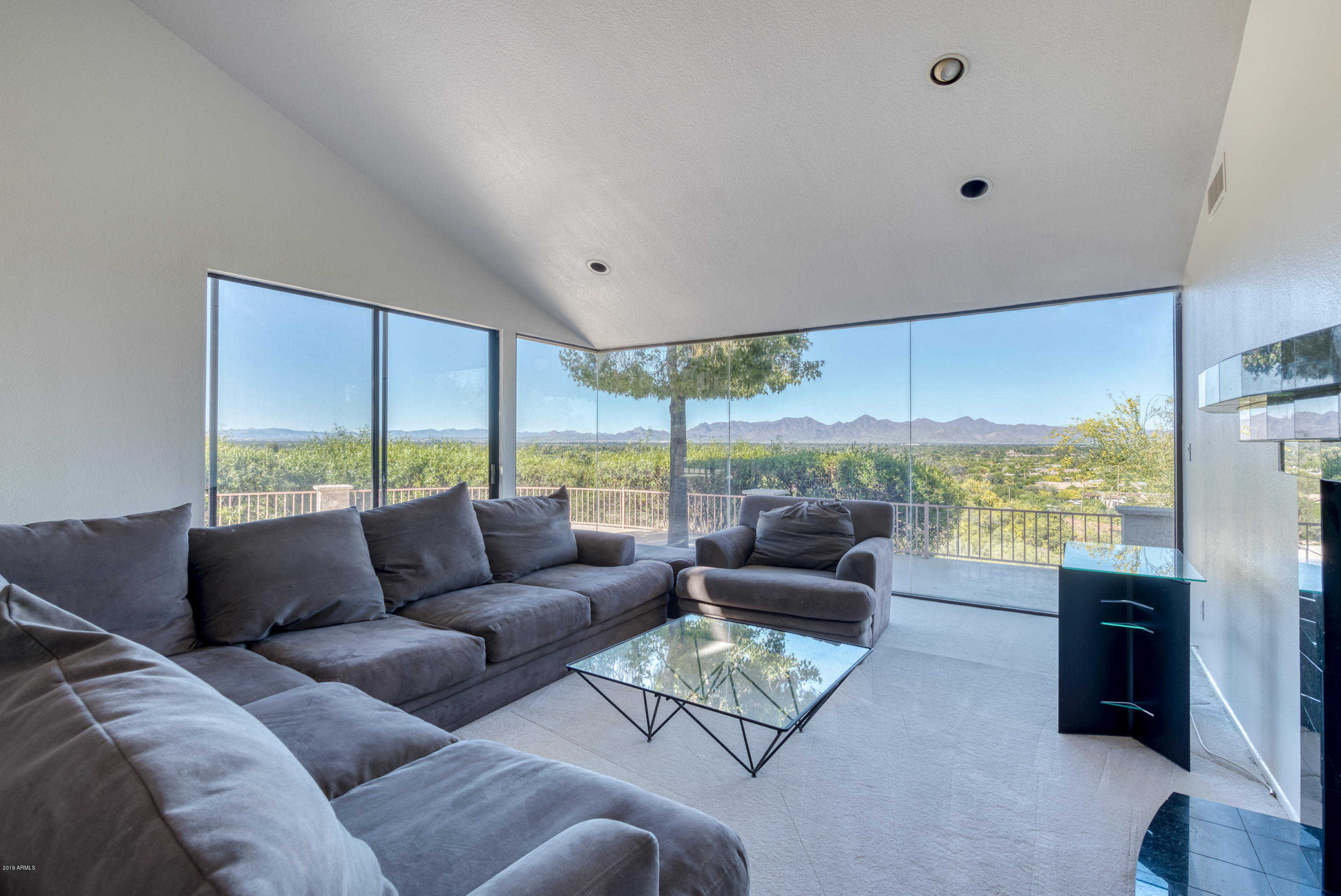 $1,795,000 - 5Br/4Ba - Home for Sale in Hummingbird Vista, Paradise Valley