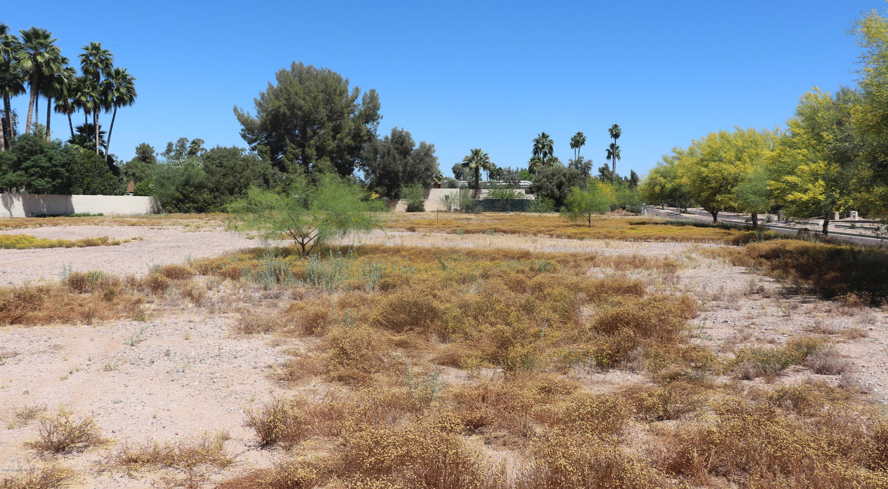 $925,000 - Br/Ba -  for Sale in Double Tree Acres 2 Lots 19-33, Paradise Valley