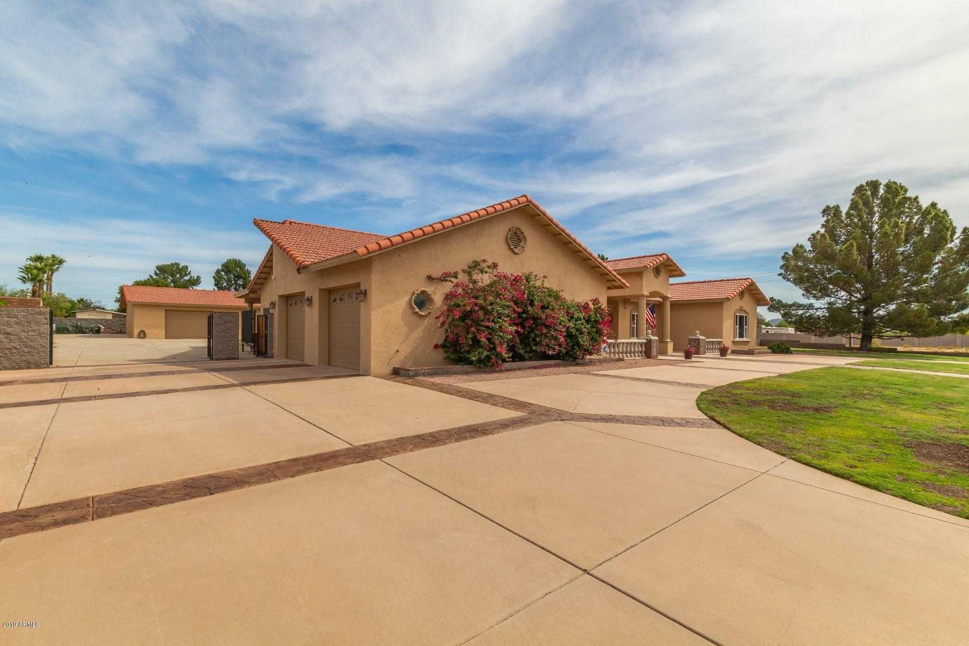 $699,900 - 3Br/5Ba - Home for Sale in Park View Estates Lot 1-40, Glendale