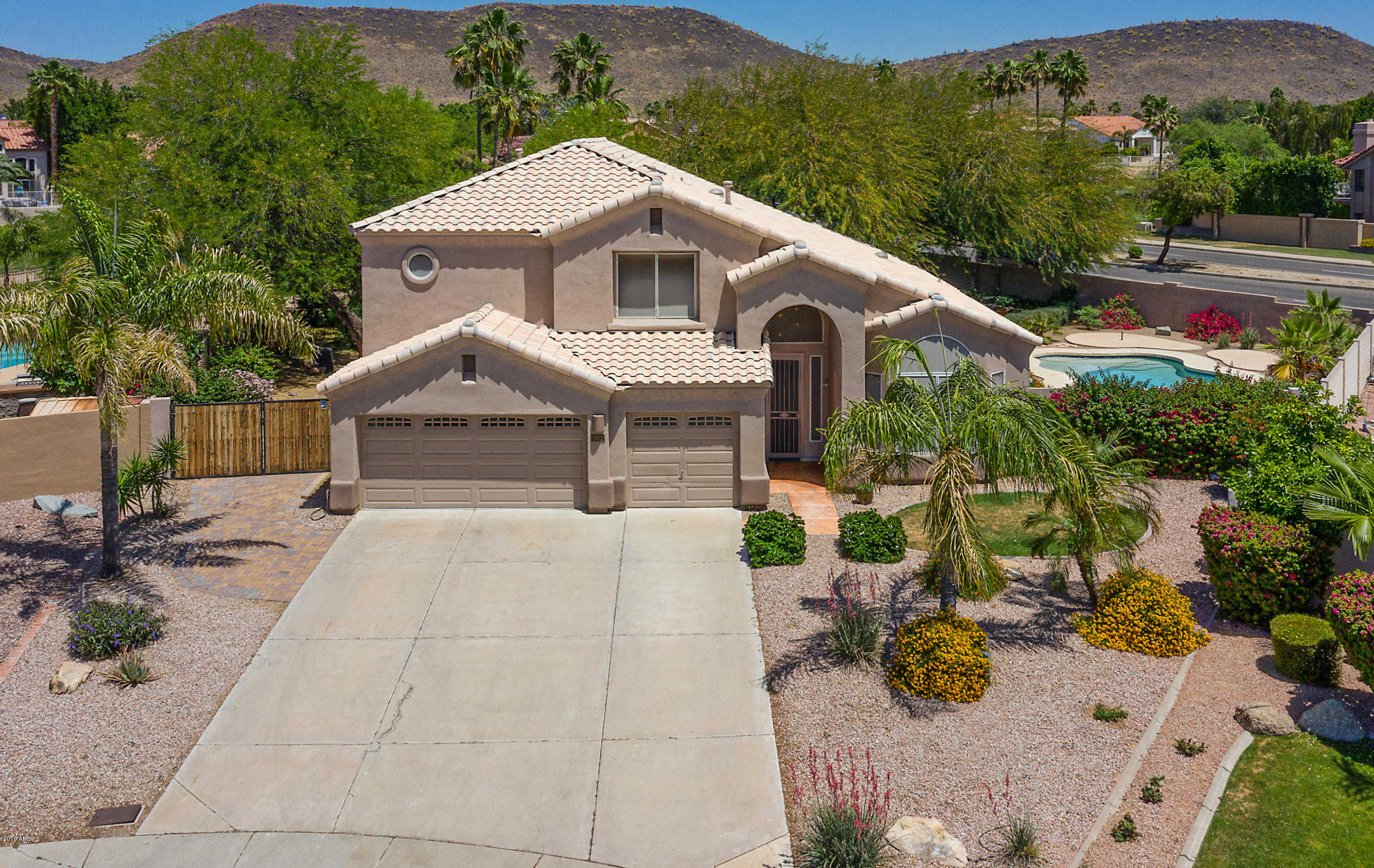$479,900 - 4Br/3Ba - Home for Sale in Camelot Views, Glendale