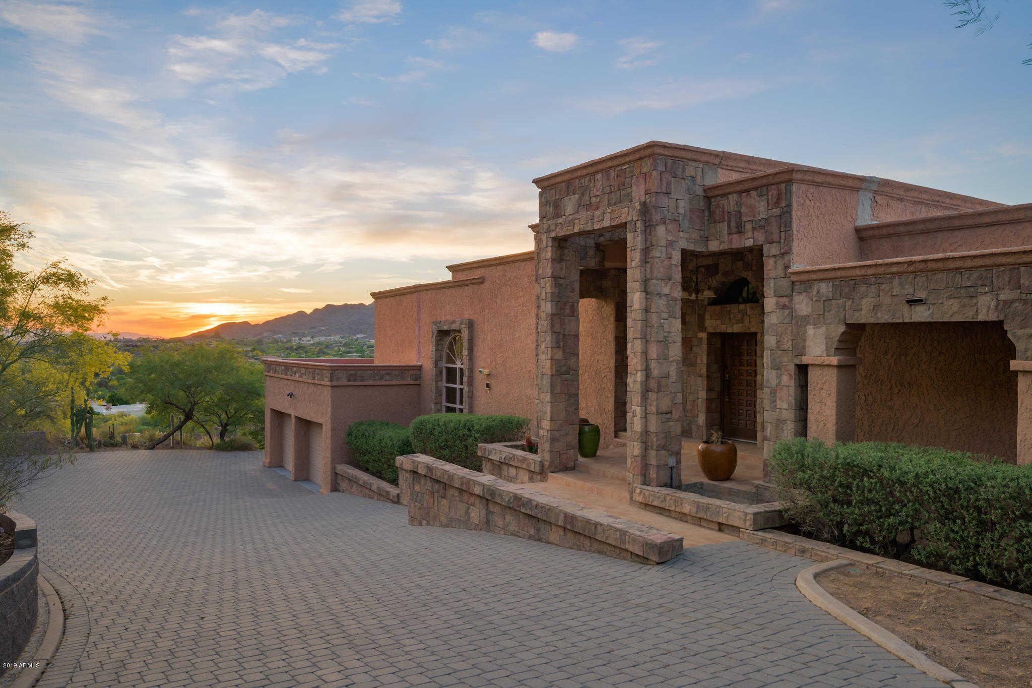$1,300,000 - 3Br/3Ba - Home for Sale in Mirador, Paradise Valley