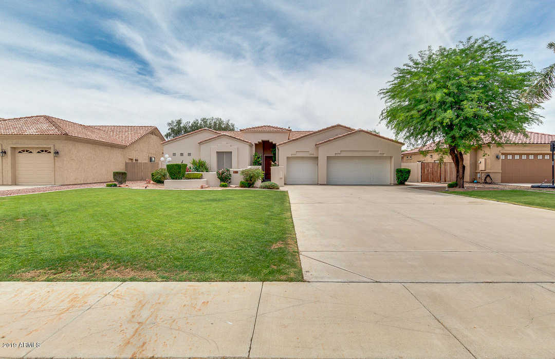 $525,000 - 4Br/3Ba - Home for Sale in Arrowhead Legends 2, Glendale