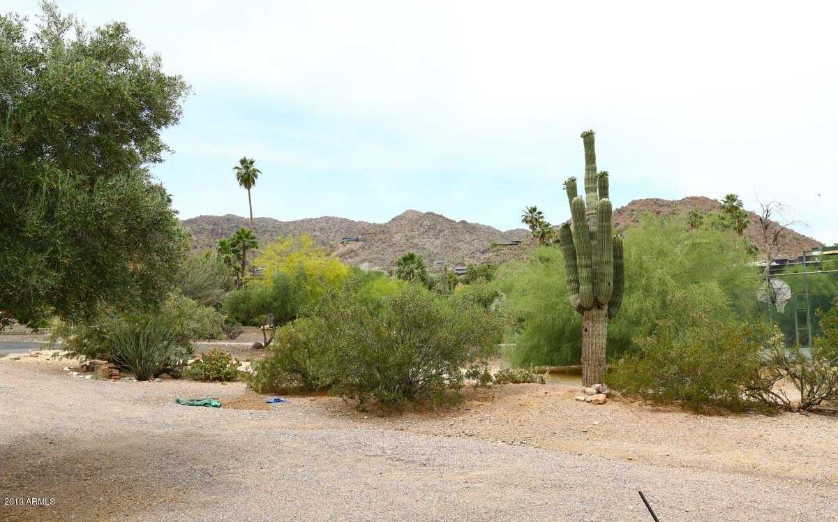 $985,000 - Br/Ba -  for Sale in Paradise Hills, Paradise Valley