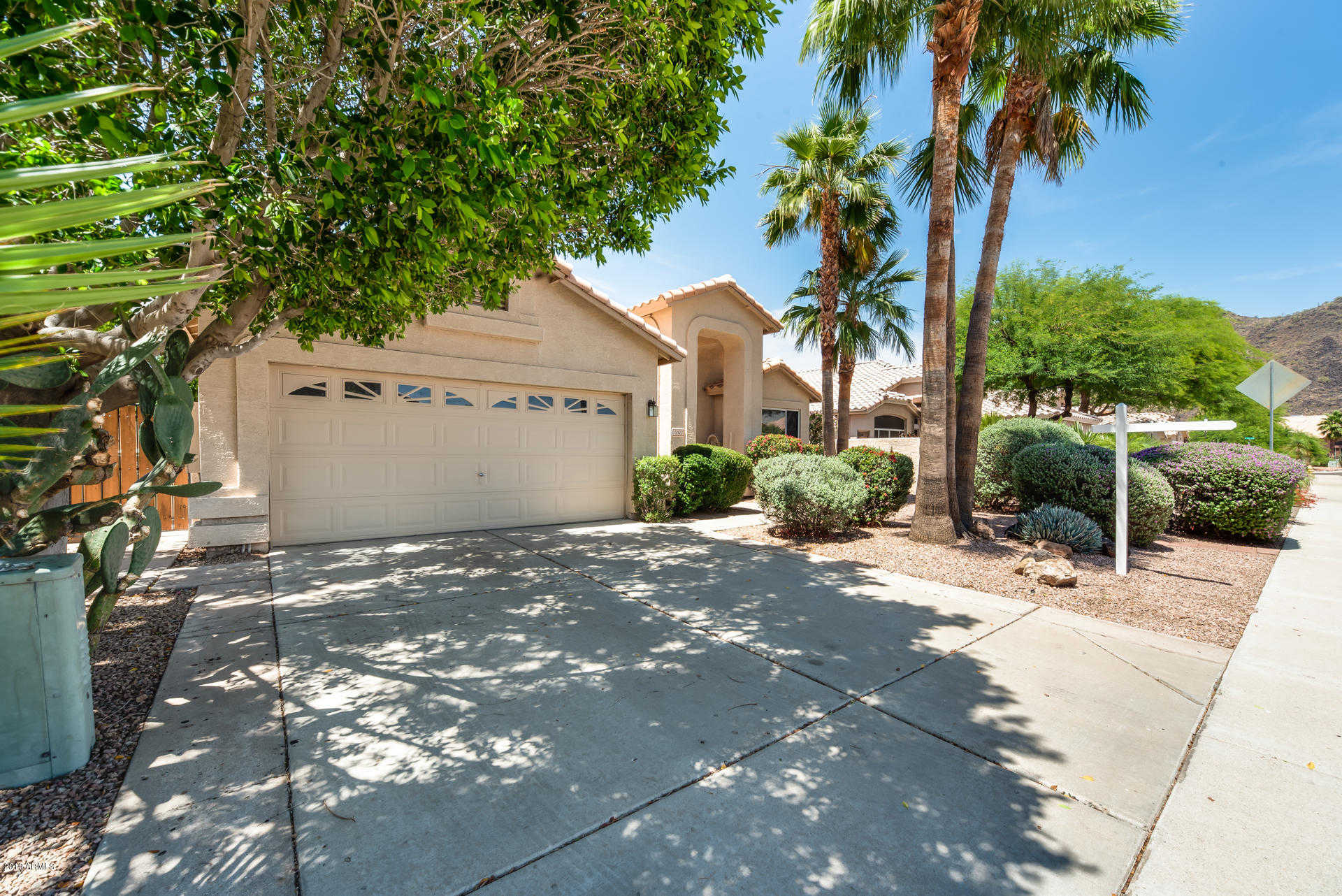 $410,000 - 3Br/2Ba - Home for Sale in Arrowhead Lakes, Glendale