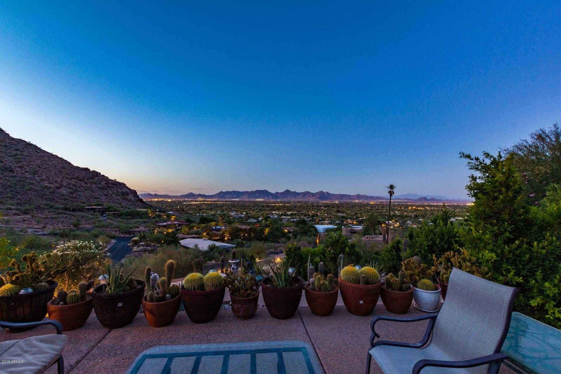 $1,850,000 - 3Br/3Ba - Home for Sale in Paradise Valley, Paradise Valley