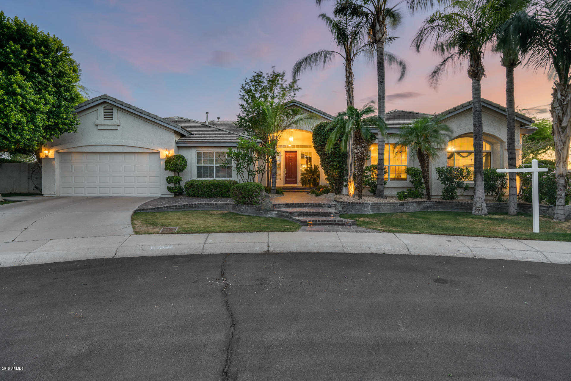 $699,000 - 3Br/3Ba - Home for Sale in Arrowhead Lakes, Glendale