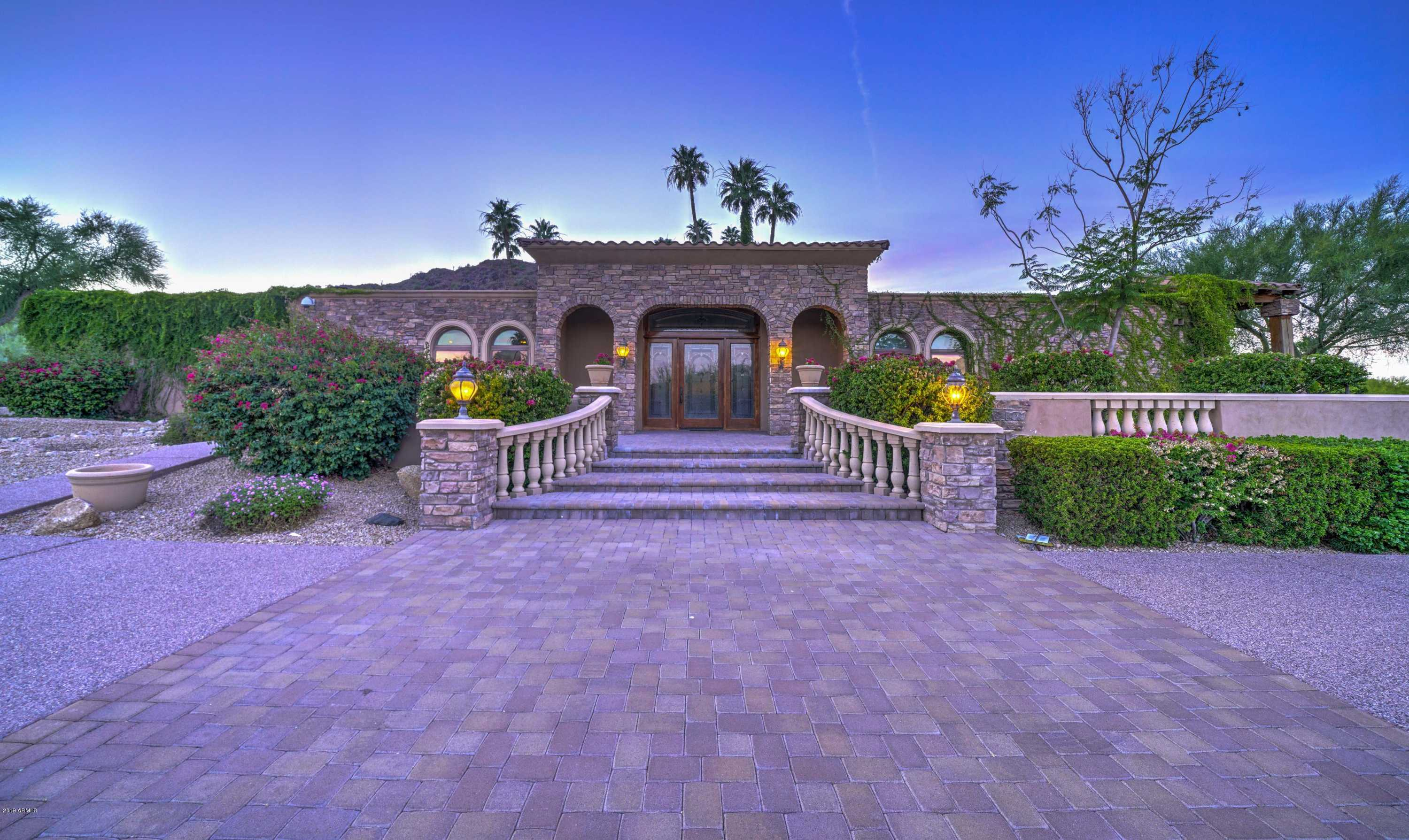 $2,100,000 - 4Br/5Ba - Home for Sale in Paradise Valley Country Estates, Paradise Valley