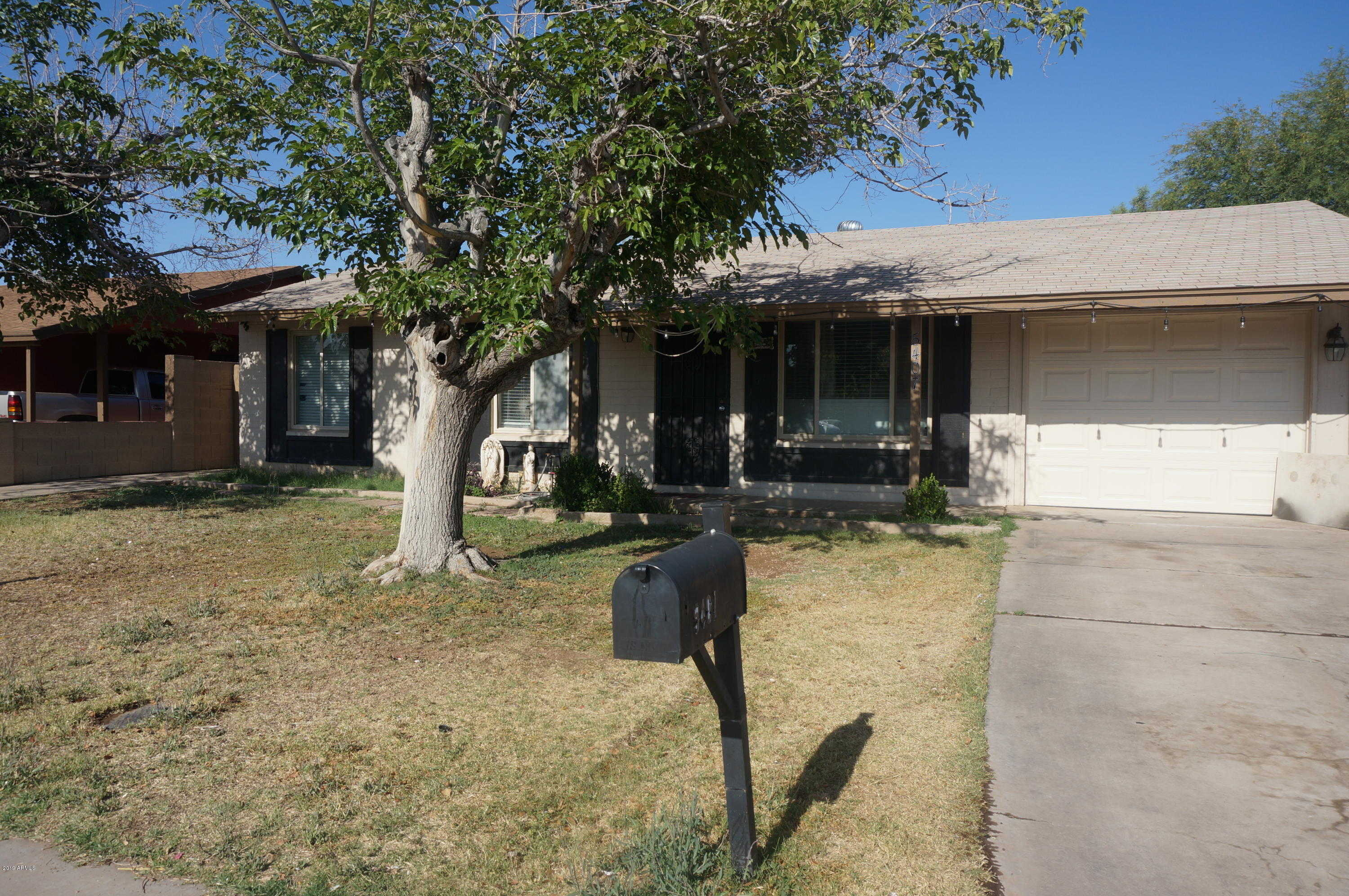 $200,000 - 4Br/2Ba - Home for Sale in Meadows 2, Glendale
