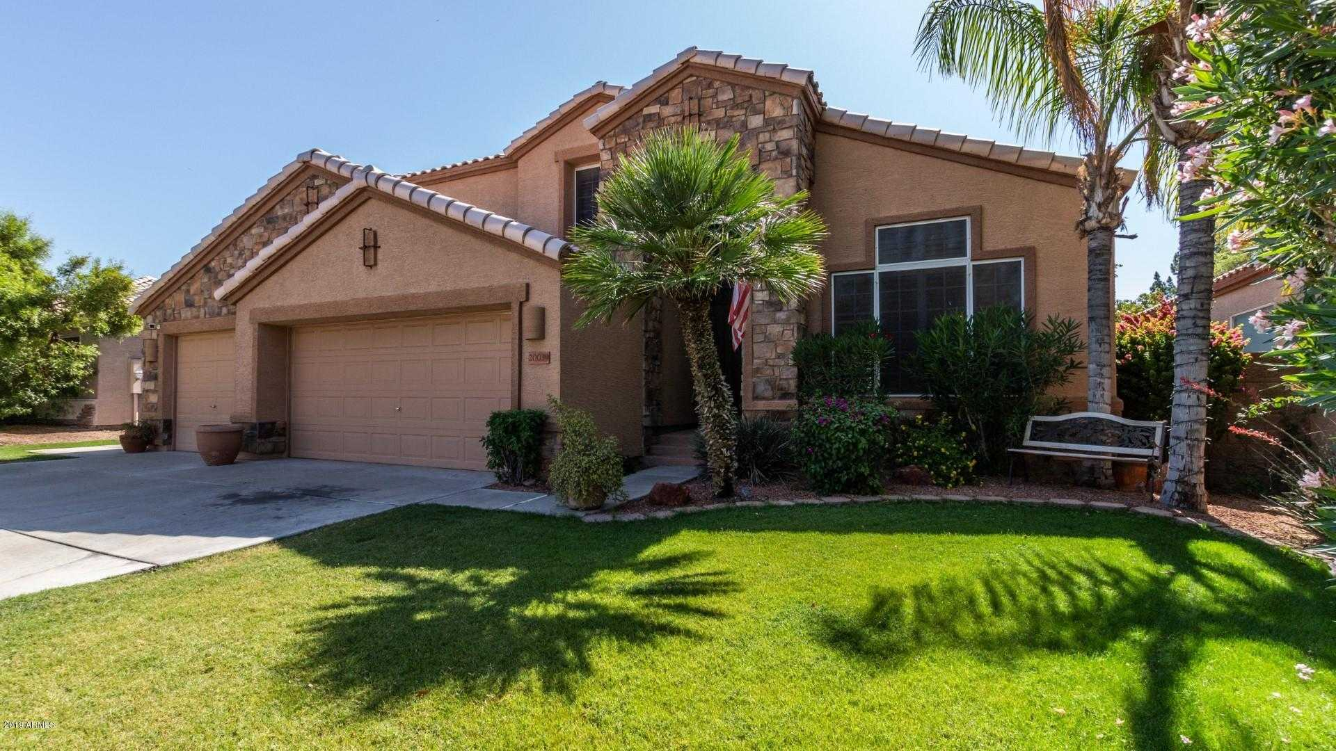 $379,900 - 4Br/3Ba - Home for Sale in Arrowhead Heights, Glendale