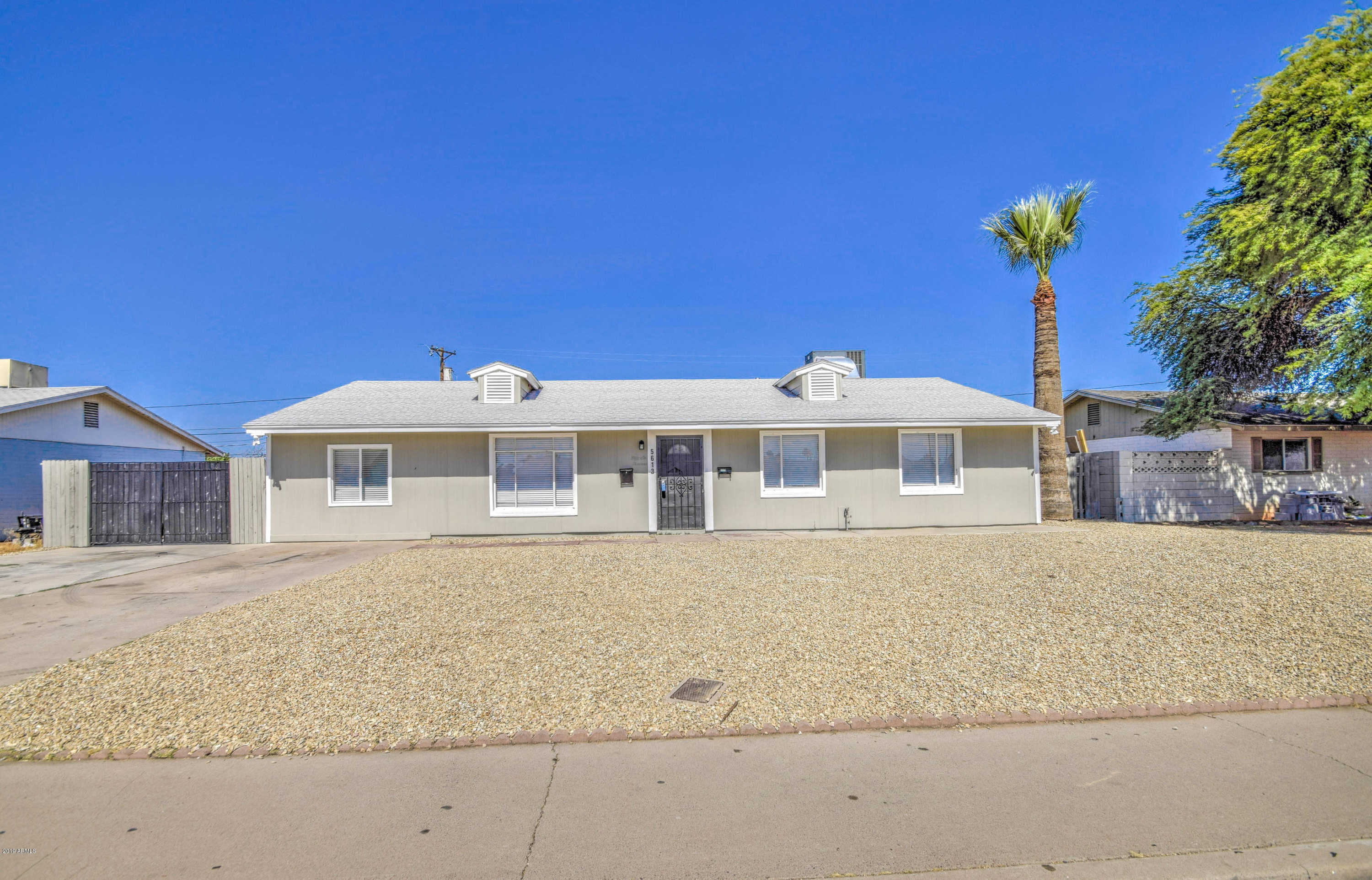 $207,900 - 3Br/2Ba - Home for Sale in Maryvale Terrace 20-a Lts 7490-7494, Glendale