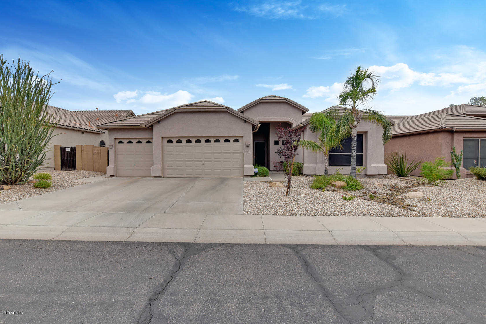 $410,000 - 4Br/2Ba - Home for Sale in Chaminade, Glendale