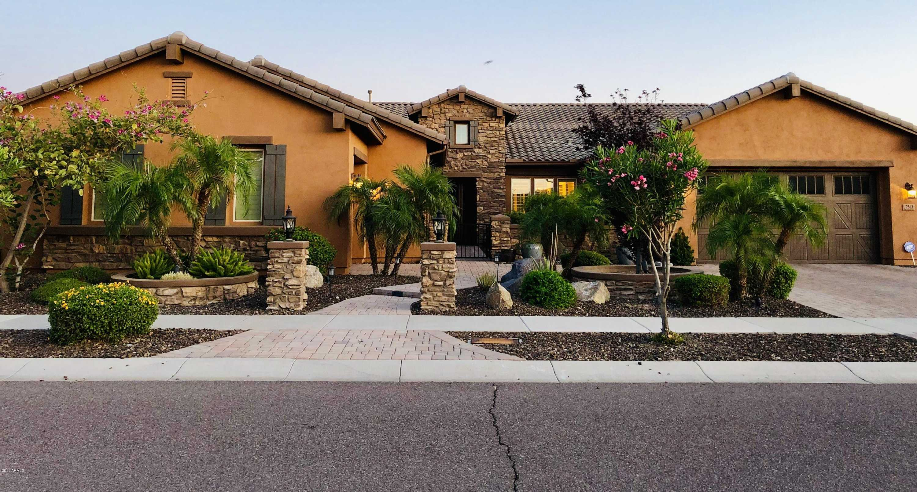 $734,900 - 5Br/6Ba - Home for Sale in Reserve At Eagle Heights, Glendale