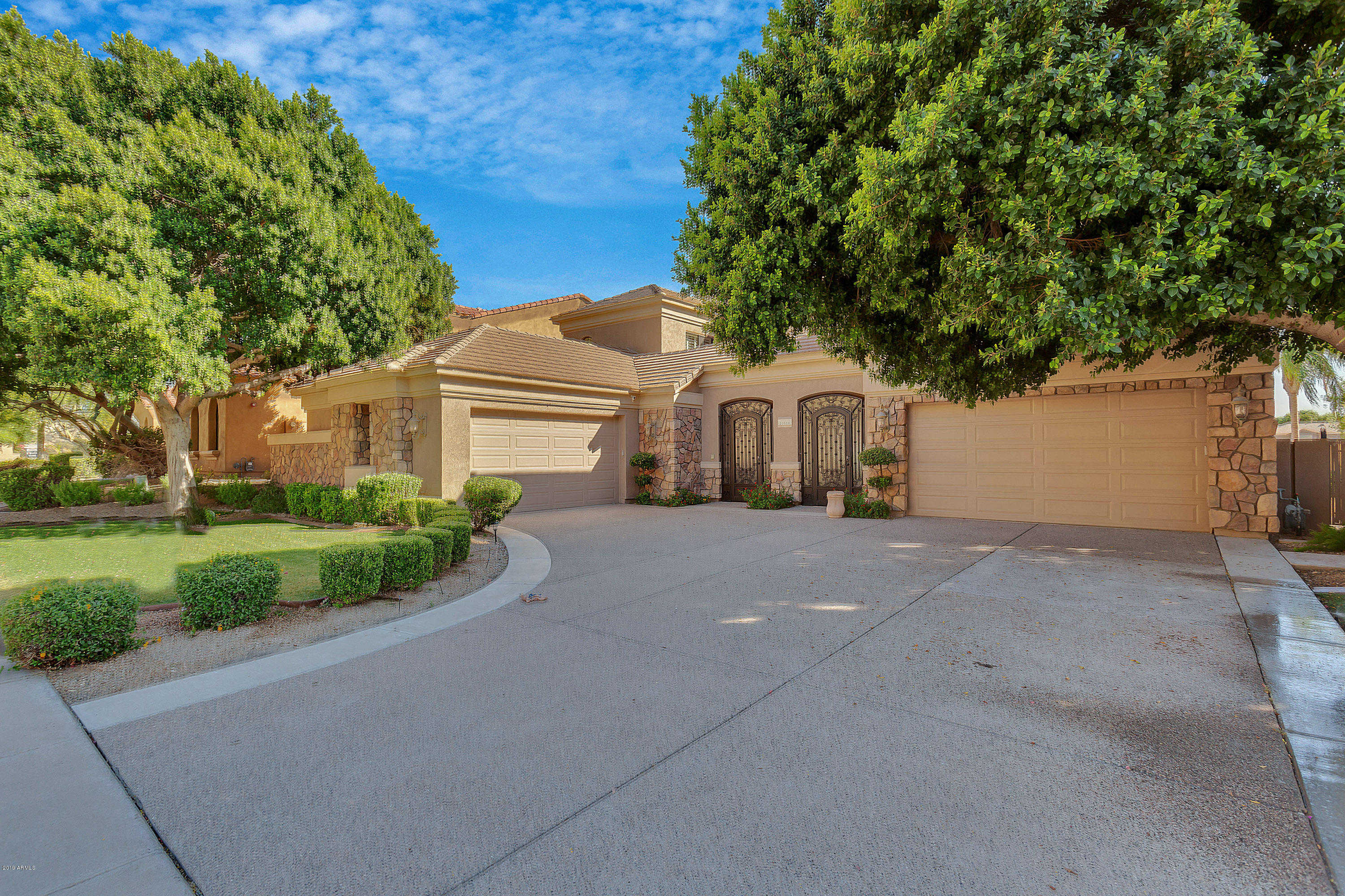 $950,000 - 5Br/4Ba - Home for Sale in Estates At Arrowhead Phase One B, Glendale