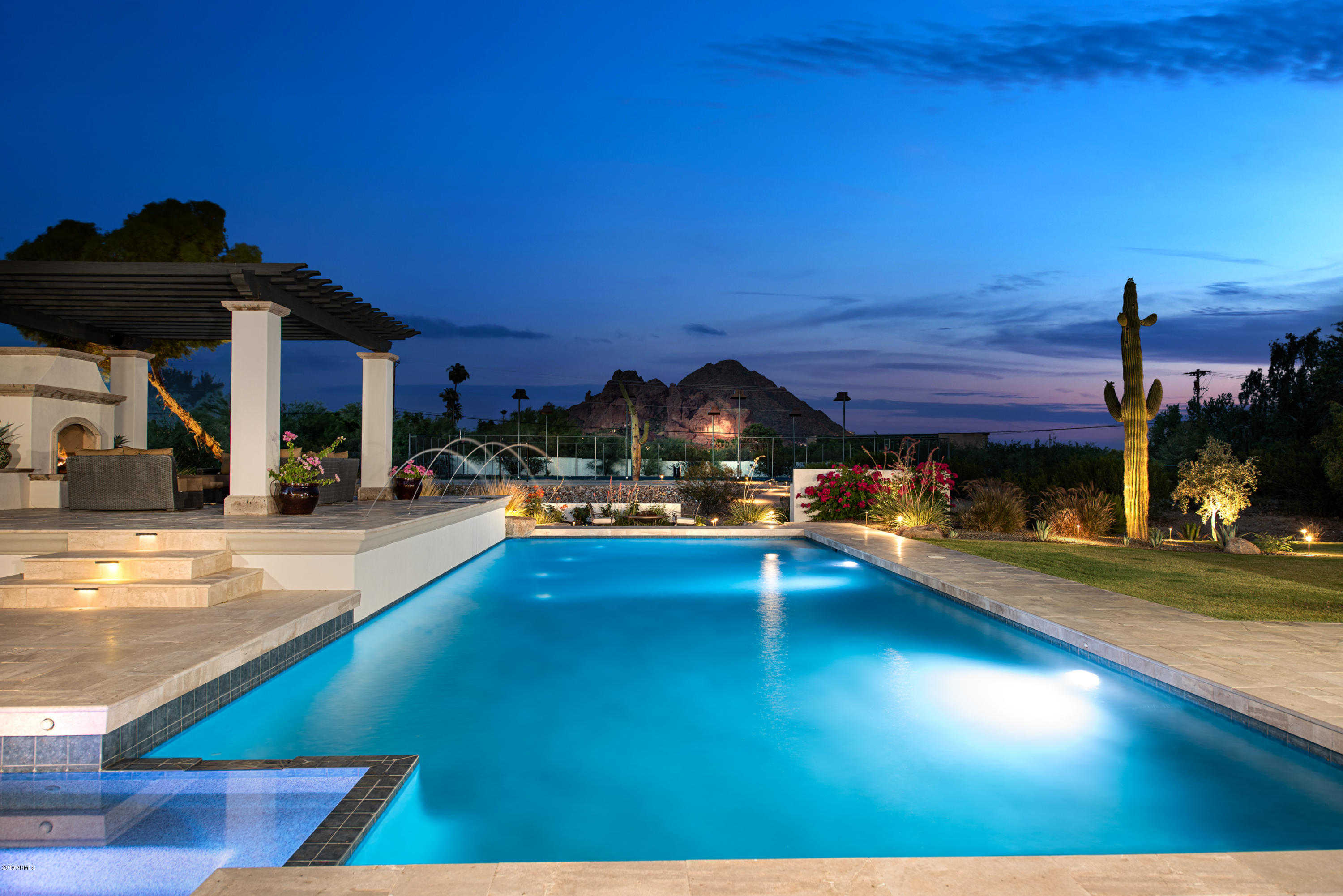 $3,000,000 - 5Br/7Ba - Home for Sale in S 180.75' Of N2 Se4 Sw4, Paradise Valley