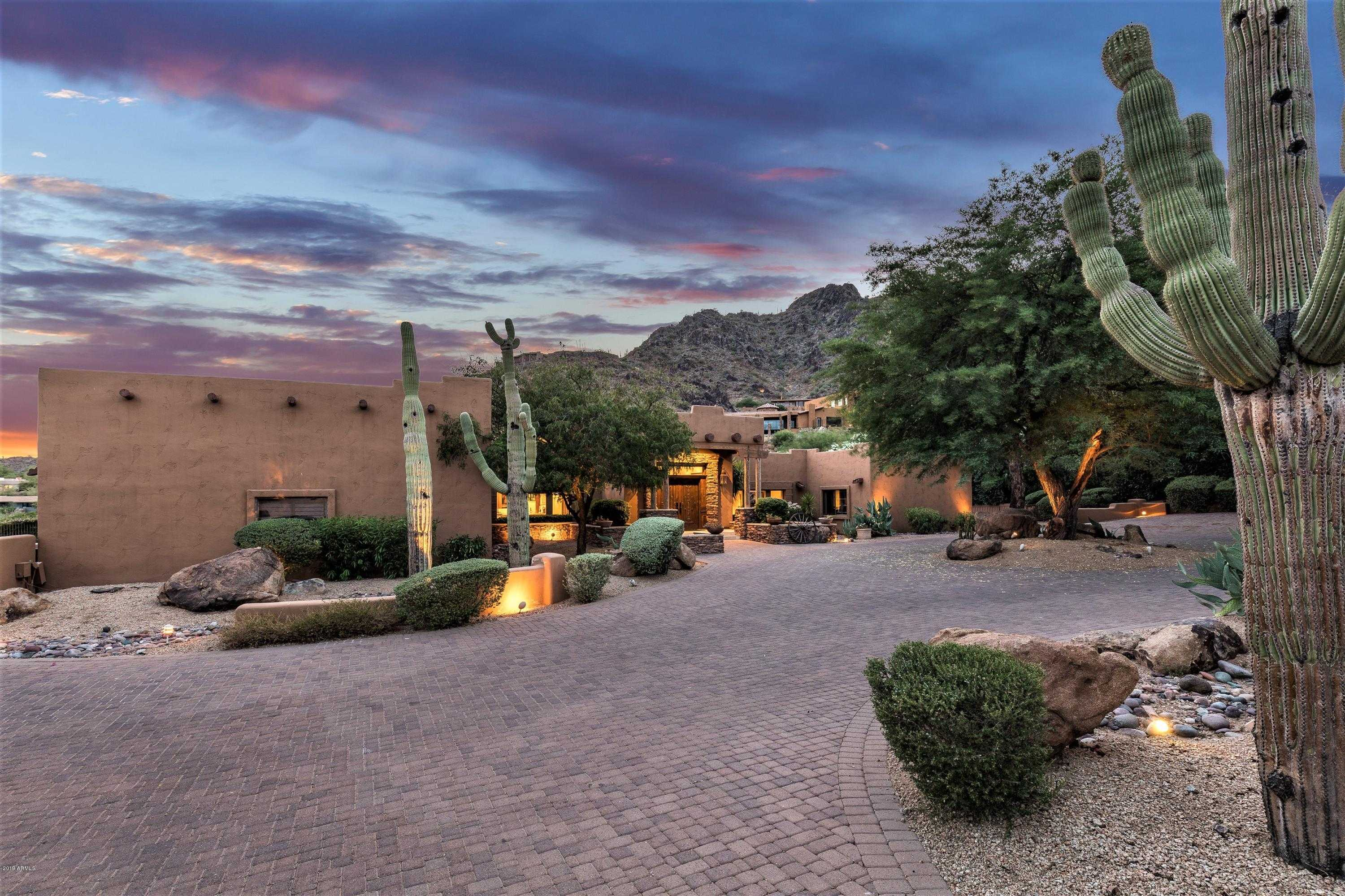 $1,790,000 - 5Br/6Ba - Home for Sale in Clearwater Hills Prvt Roads & Tr A, Paradise Valley
