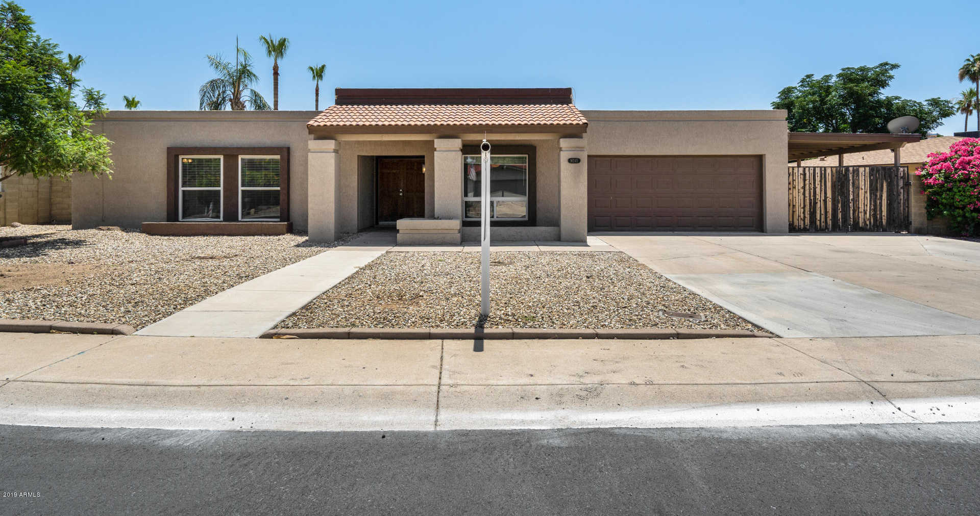 $300,000 - 4Br/2Ba - Home for Sale in Park Place North Unit One Amd Lot 1-245, Glendale