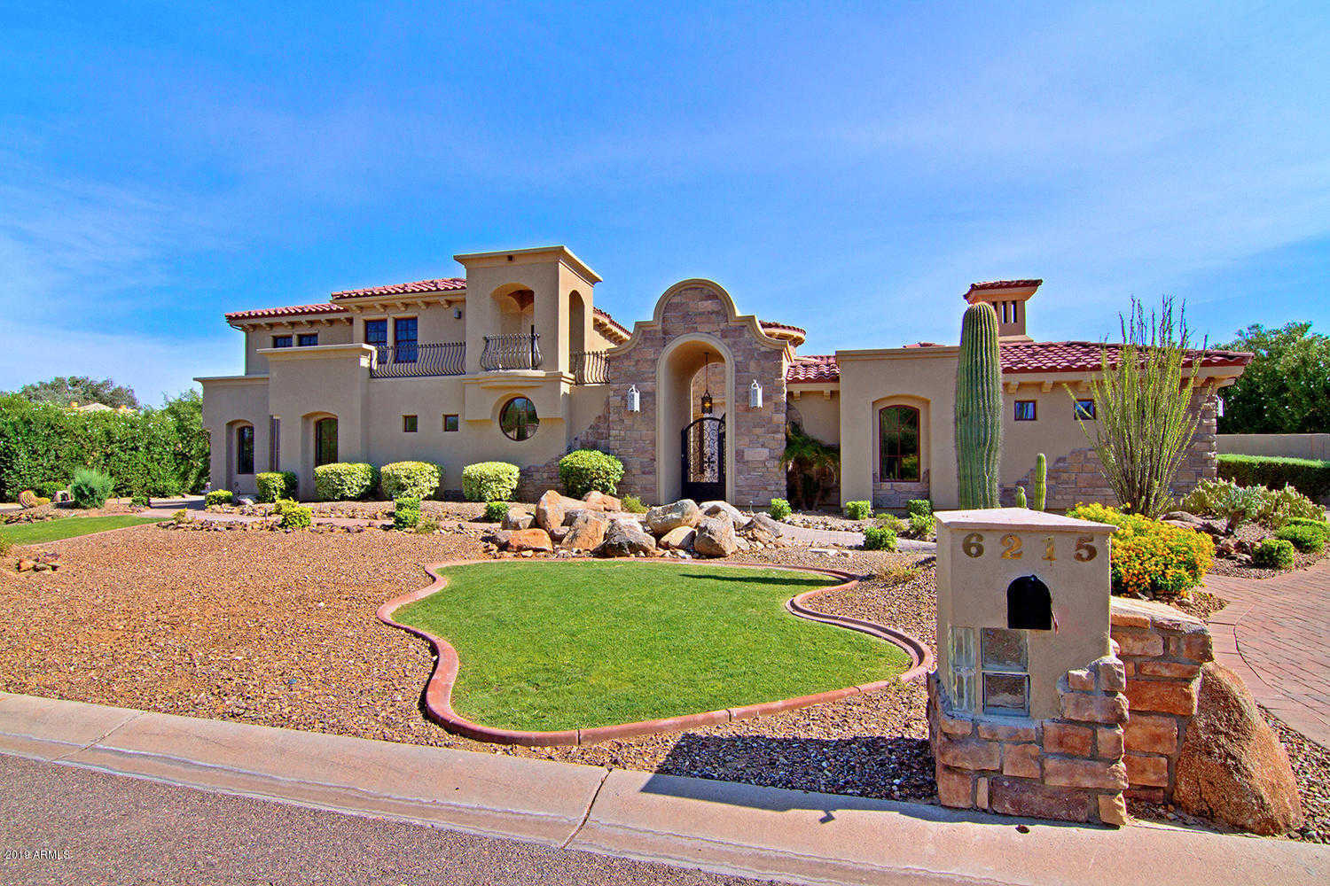 $2,600,000 - 7Br/9Ba - Home for Sale in Sunburst Farms East 6, Paradise Valley