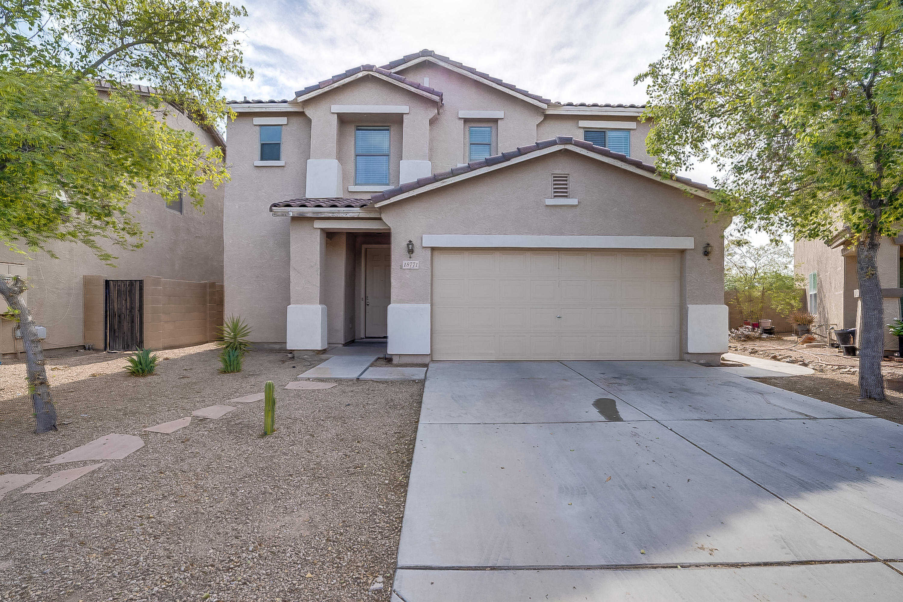 $200,000 - 3Br/3Ba - Home for Sale in Maricopa Meadows Parcel 3, Maricopa