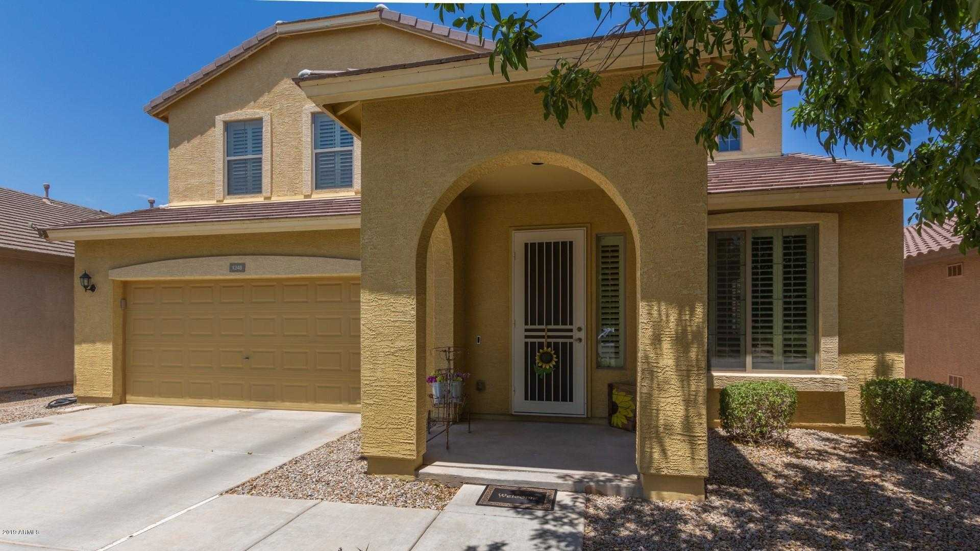 $300,000 - 4Br/3Ba - Home for Sale in Parcel I At Skyline Ranch Phase 2, San Tan Valley