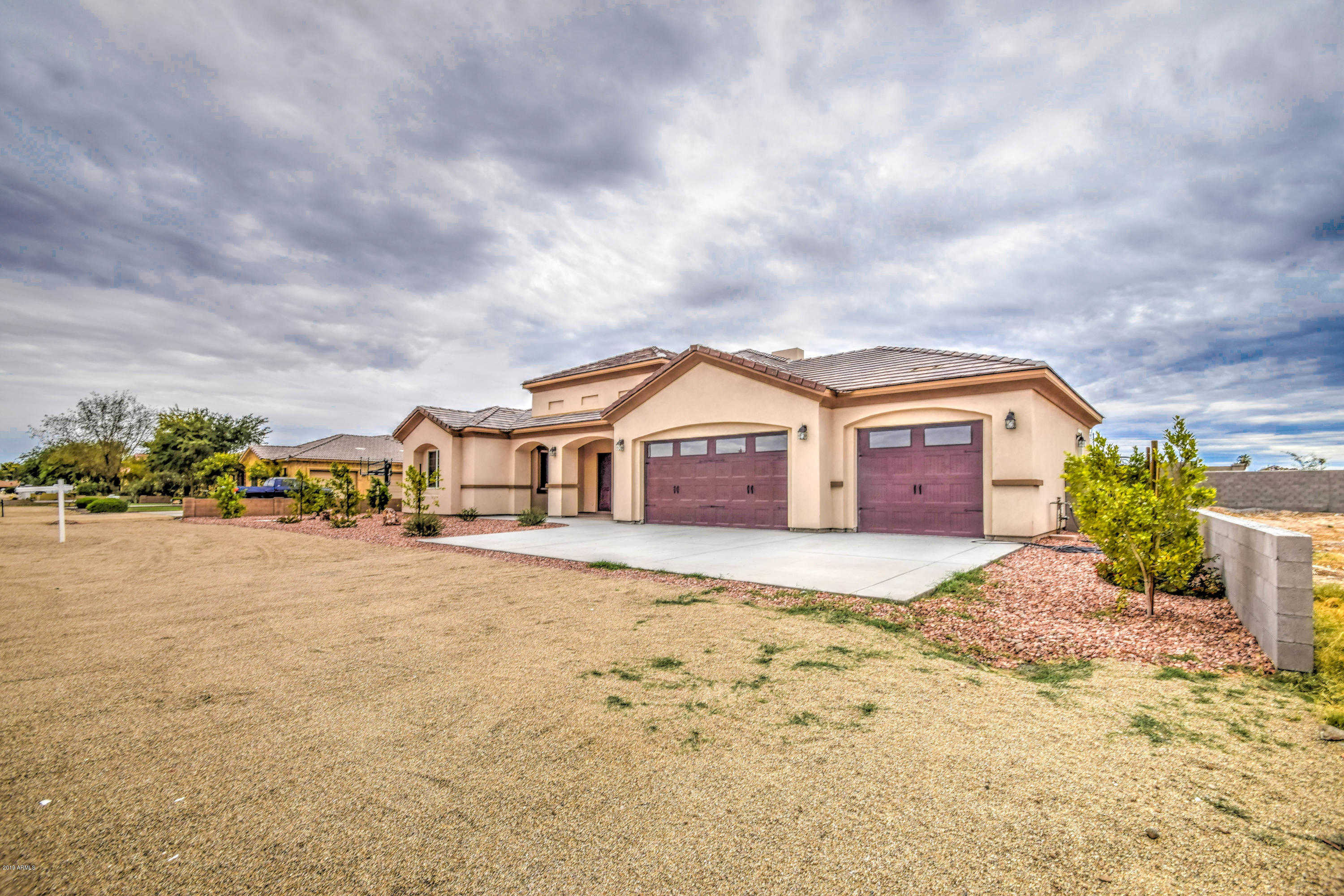 $495,000 - 5Br/6Ba - Home for Sale in Unk, Glendale