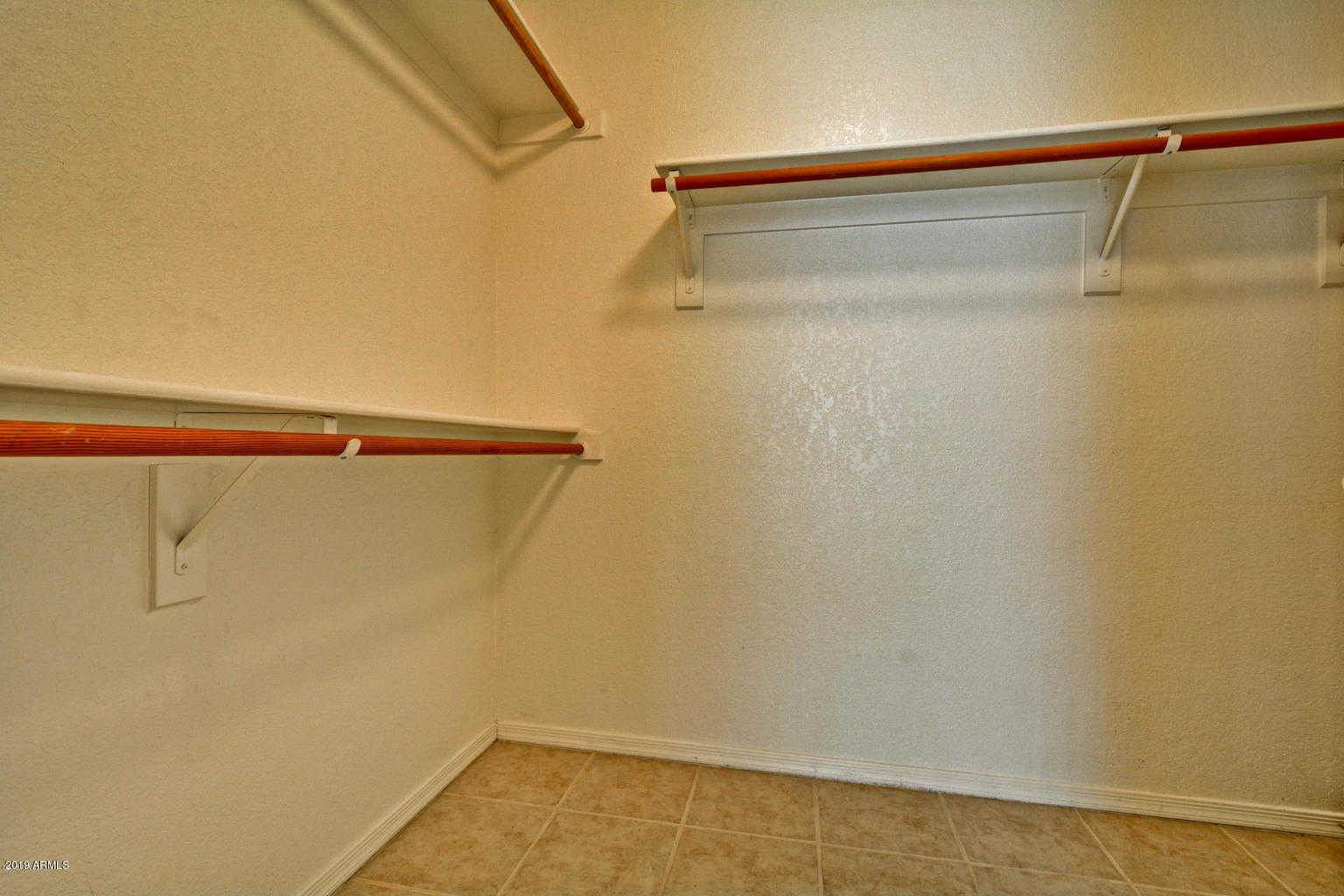 $359,950 - 3Br/2Ba - Home for Sale in Arrowhead Lakes Unit 8a, Glendale
