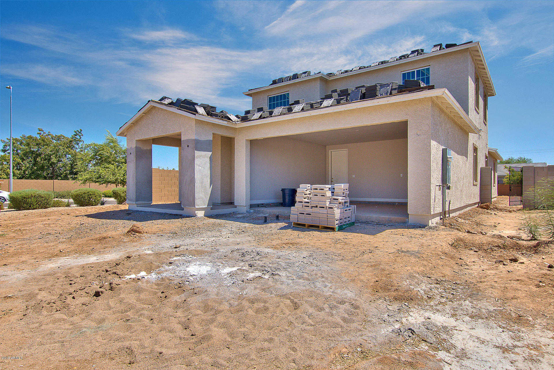 $399,900 - 5Br/3Ba - Home for Sale in Artisan At Cholla, Glendale
