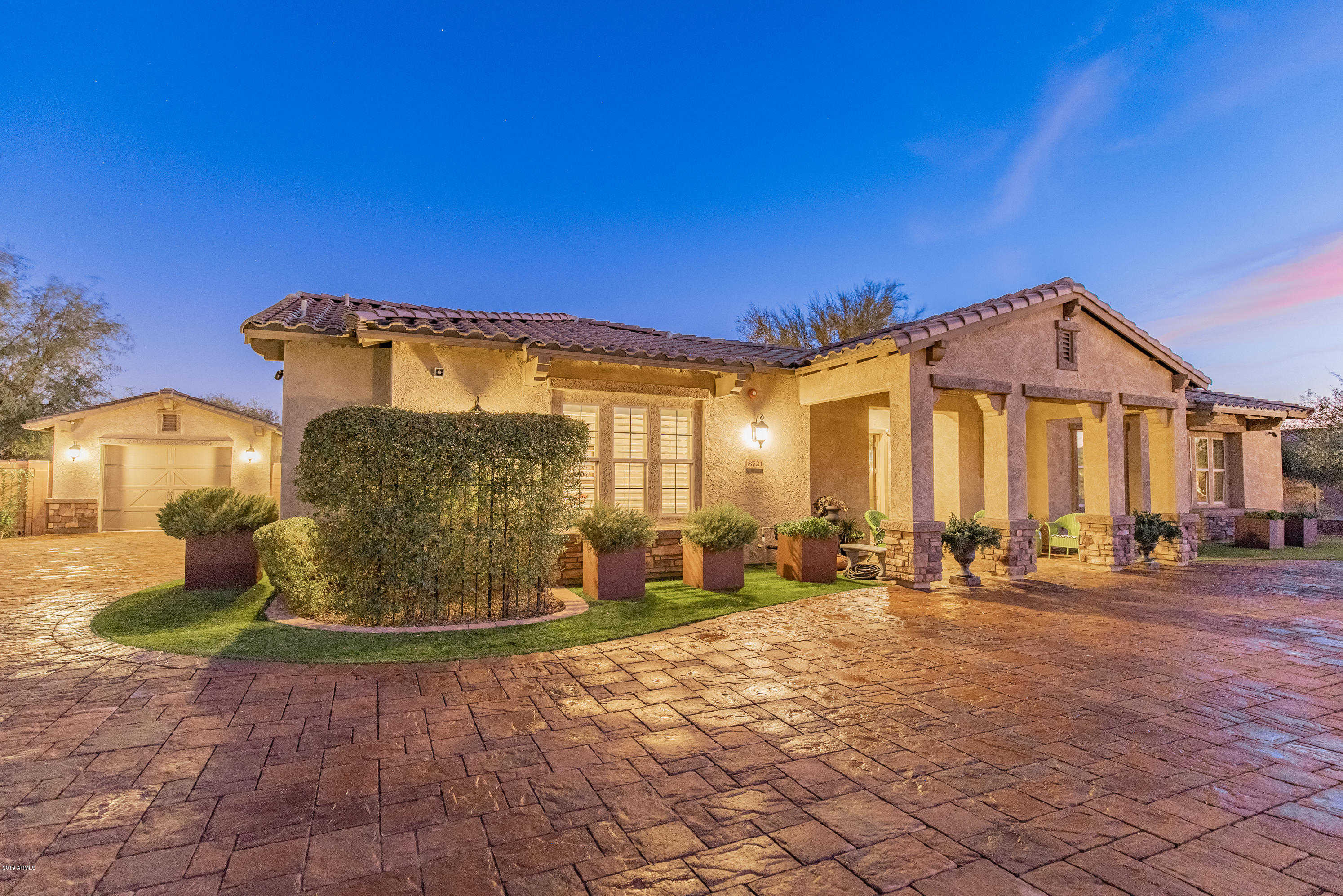 $1,100,000 - 5Br/5Ba - Home for Sale in Ventana Picachos, Peoria