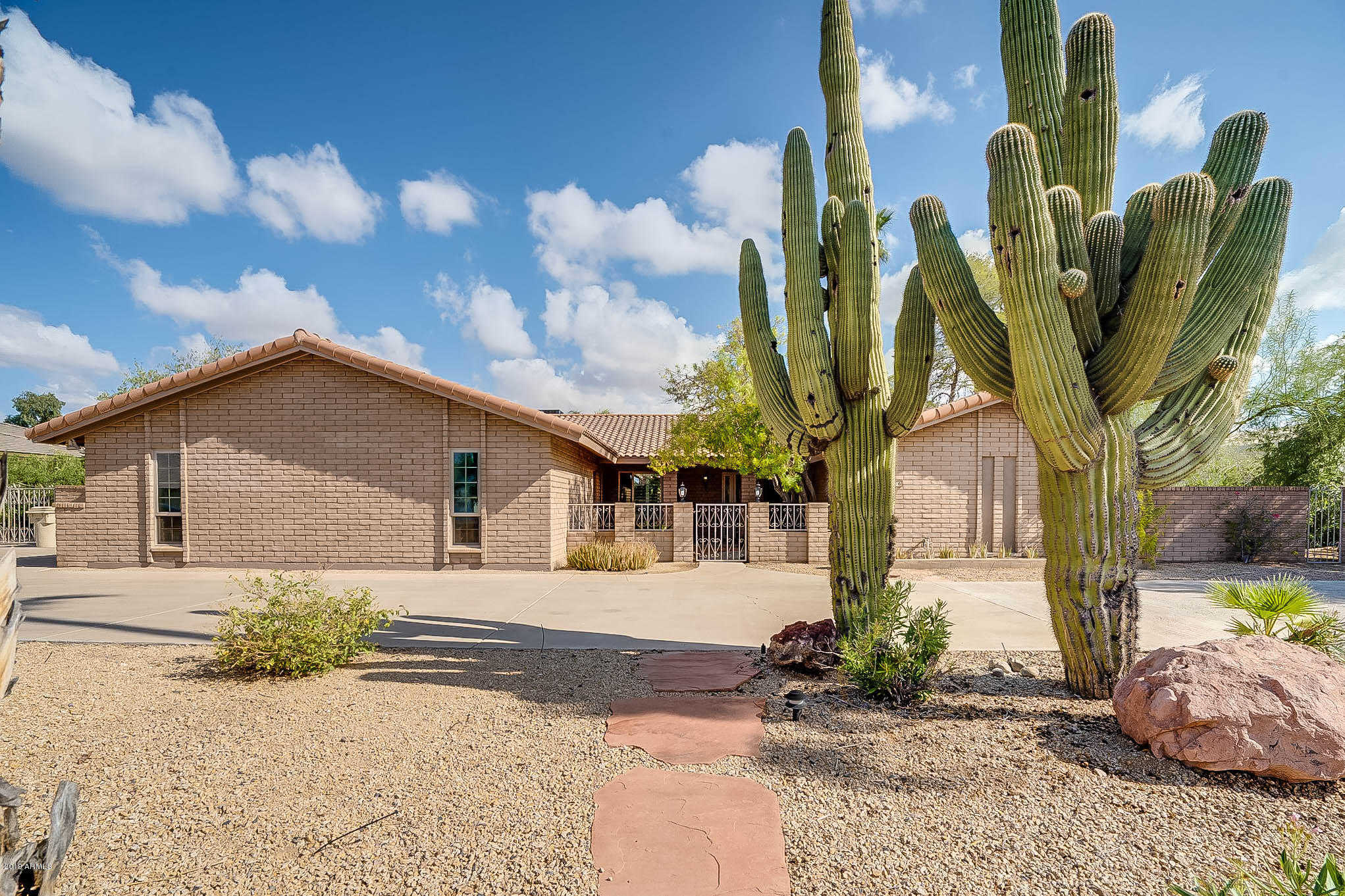 $599,000 - 4Br/3Ba - Home for Sale in Secluded Acres 2, Glendale