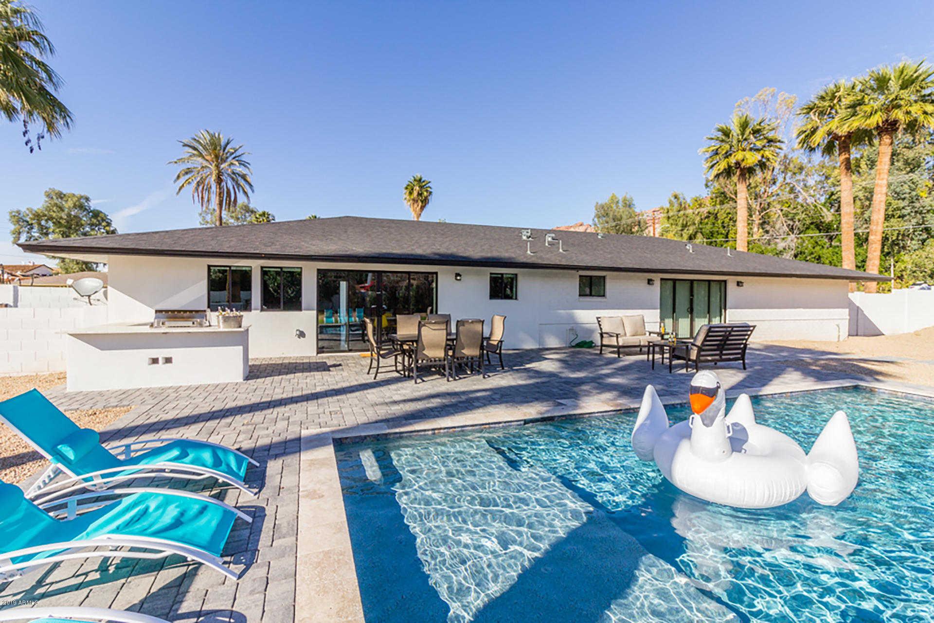 - 5Br/4Ba - Home for Sale in Del Ray Estates 2, Phoenix
