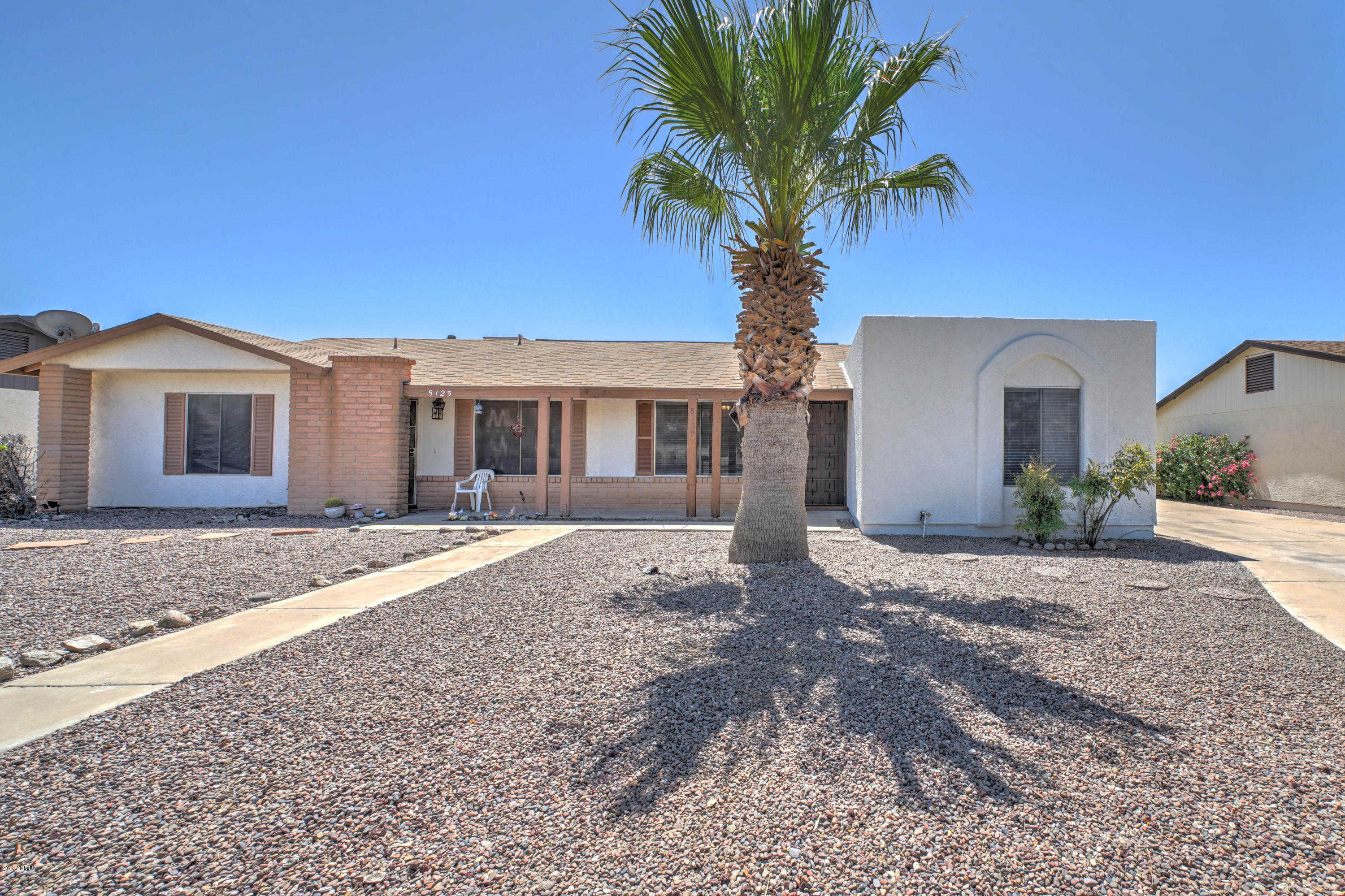 $200,000 - 3Br/2Ba -  for Sale in Thunderbird Palms, Glendale