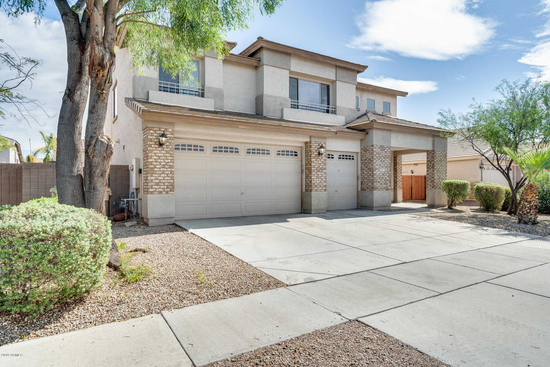$319,900 - 4Br/3Ba - Home for Sale in Rovey Farm Estates South, Glendale