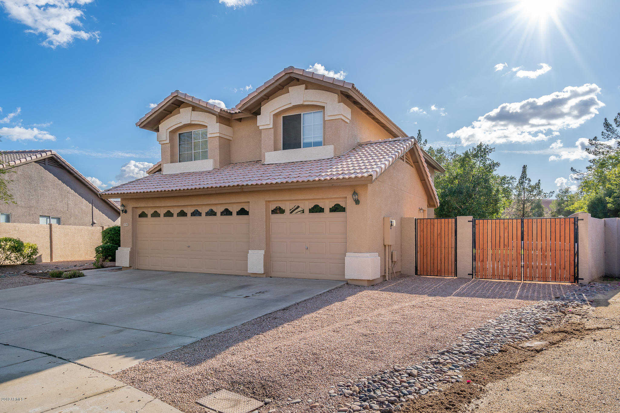 $449,000 - 5Br/3Ba - Home for Sale in Fulton Homes At Arrowhead Ranch Unit 2, Glendale