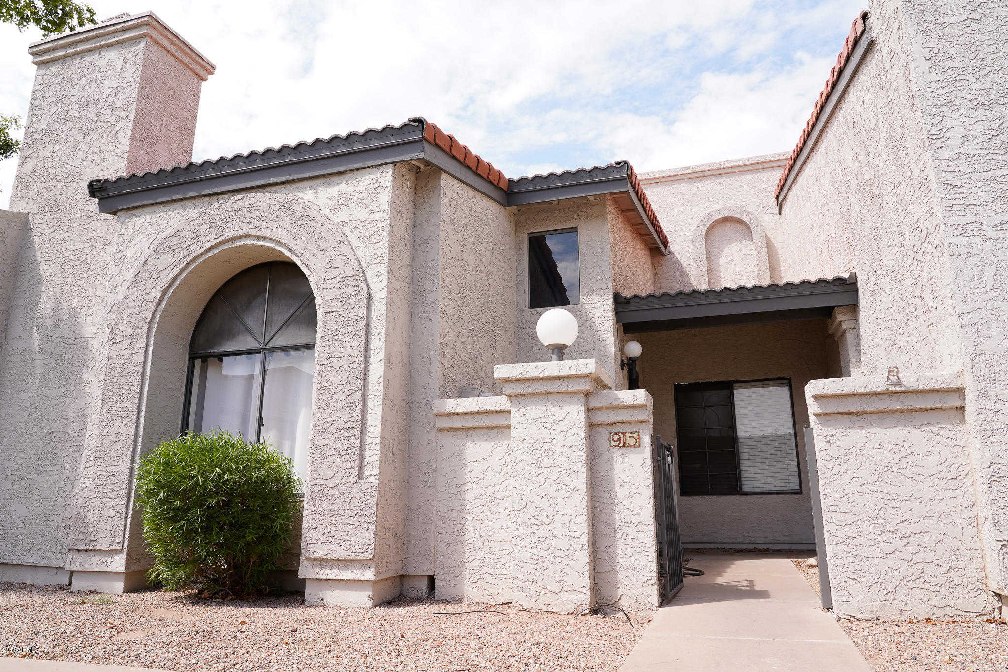$229,000 - 2Br/3Ba -  for Sale in Wood Creek Townhomes Lot 1-120 Tr A, Mesa