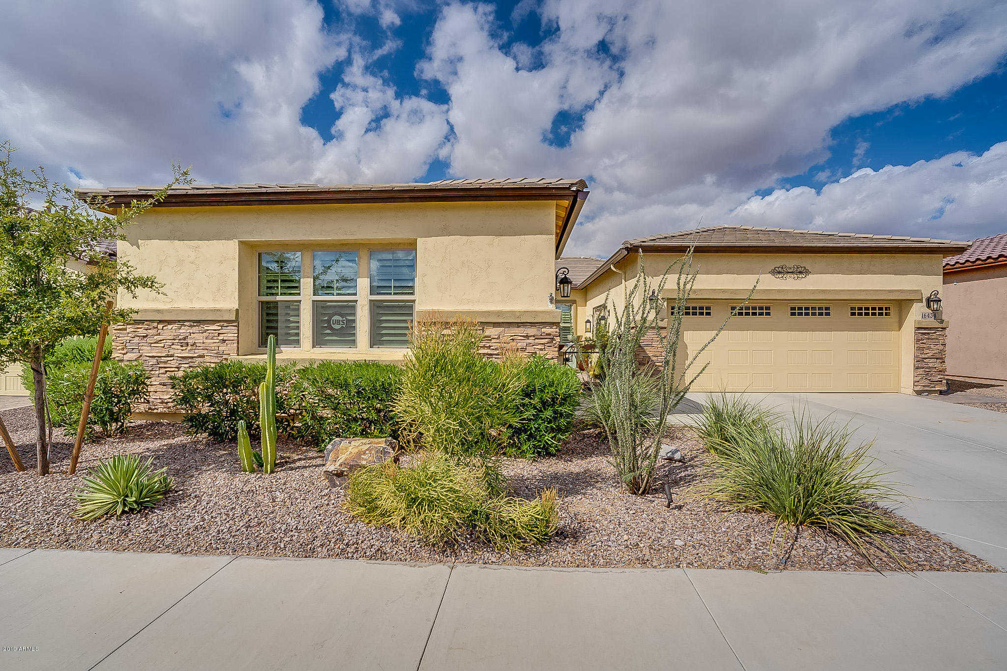 $359,000 - 2Br/2Ba - Home for Sale in Cantamia, Goodyear