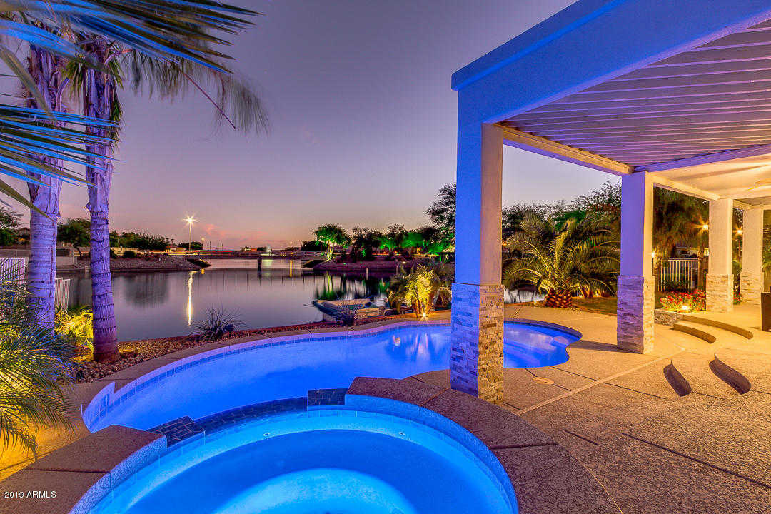 $585,000 - 4Br/3Ba - Home for Sale in Arrowhead Lakes Unit 5b, Glendale