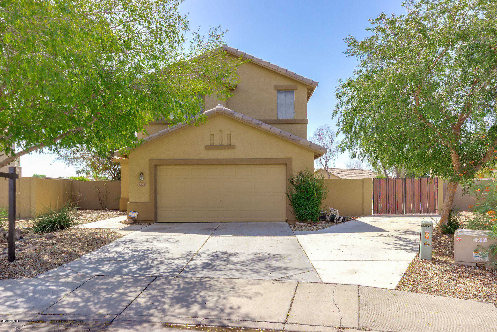 $349,900 - 5Br/3Ba - Home for Sale in Touchstone /west Glen, Glendale