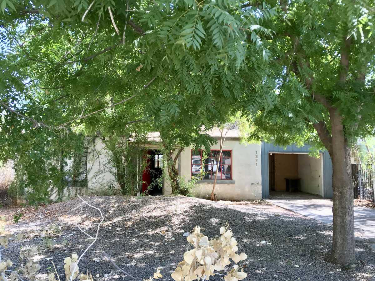 $500,000 - 3Br/2Ba - Home for Sale in State College Homes Lots 33-40, Tempe