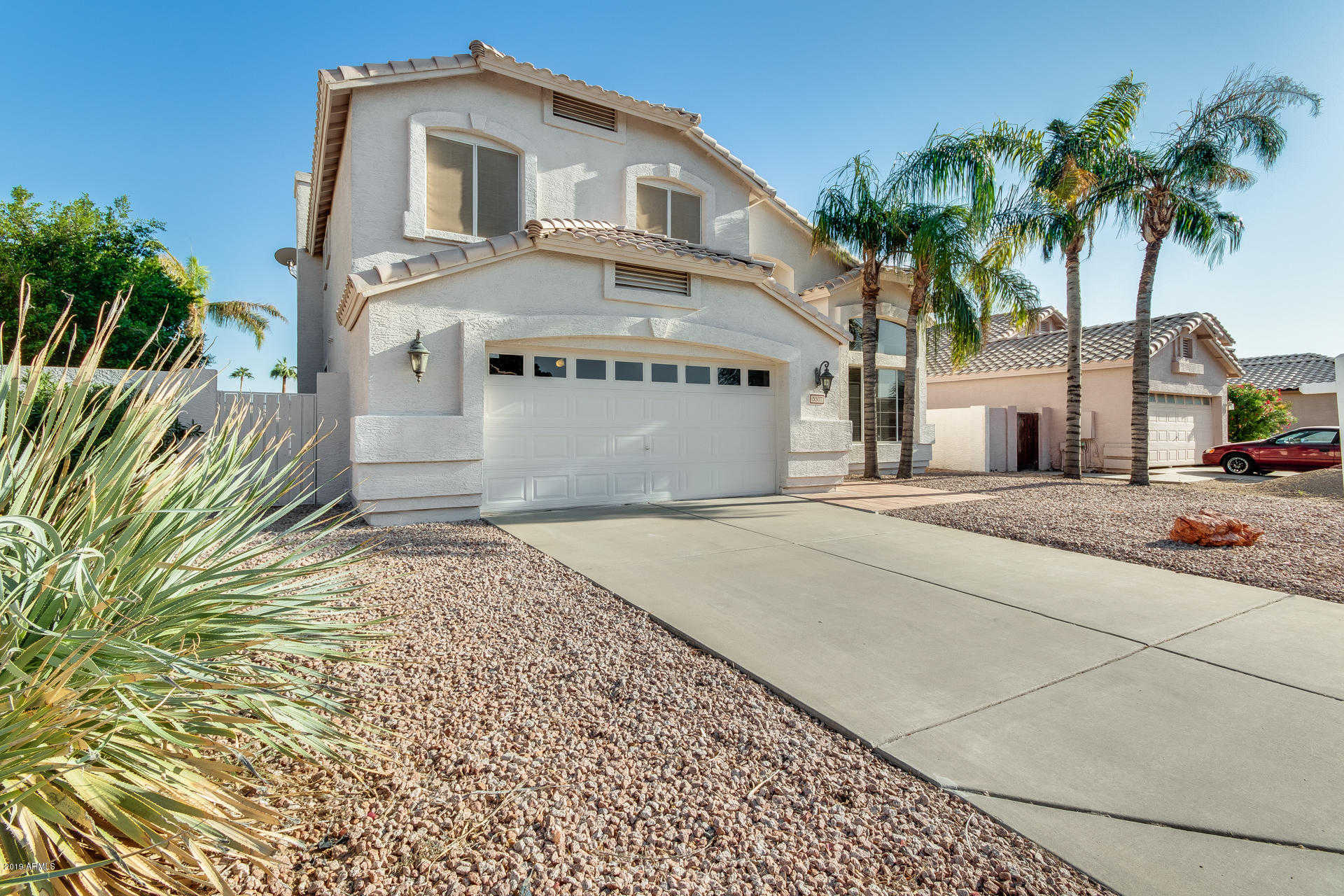 $450,000 - 3Br/3Ba - Home for Sale in Arrowhead Lakes, Glendale