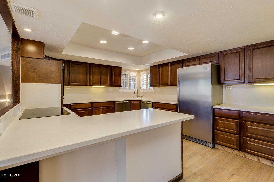 $525,000 - 4Br/4Ba - Home for Sale in Sunburst Farms 7, Glendale