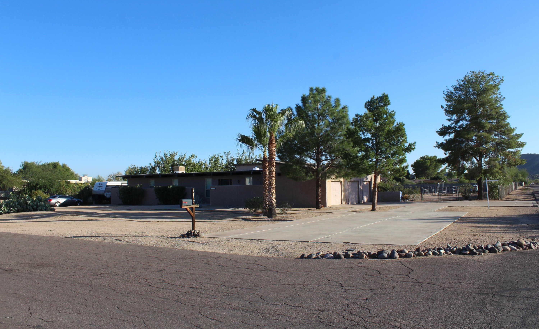 $455,000 - 4Br/3Ba - Home for Sale in Saddleback Meadows, Glendale